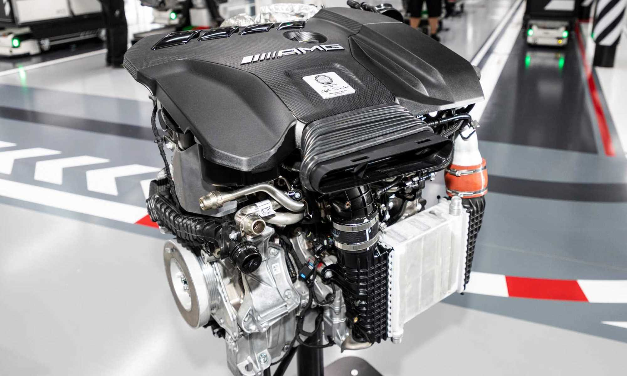 Mercedes-AMG A45 engine
