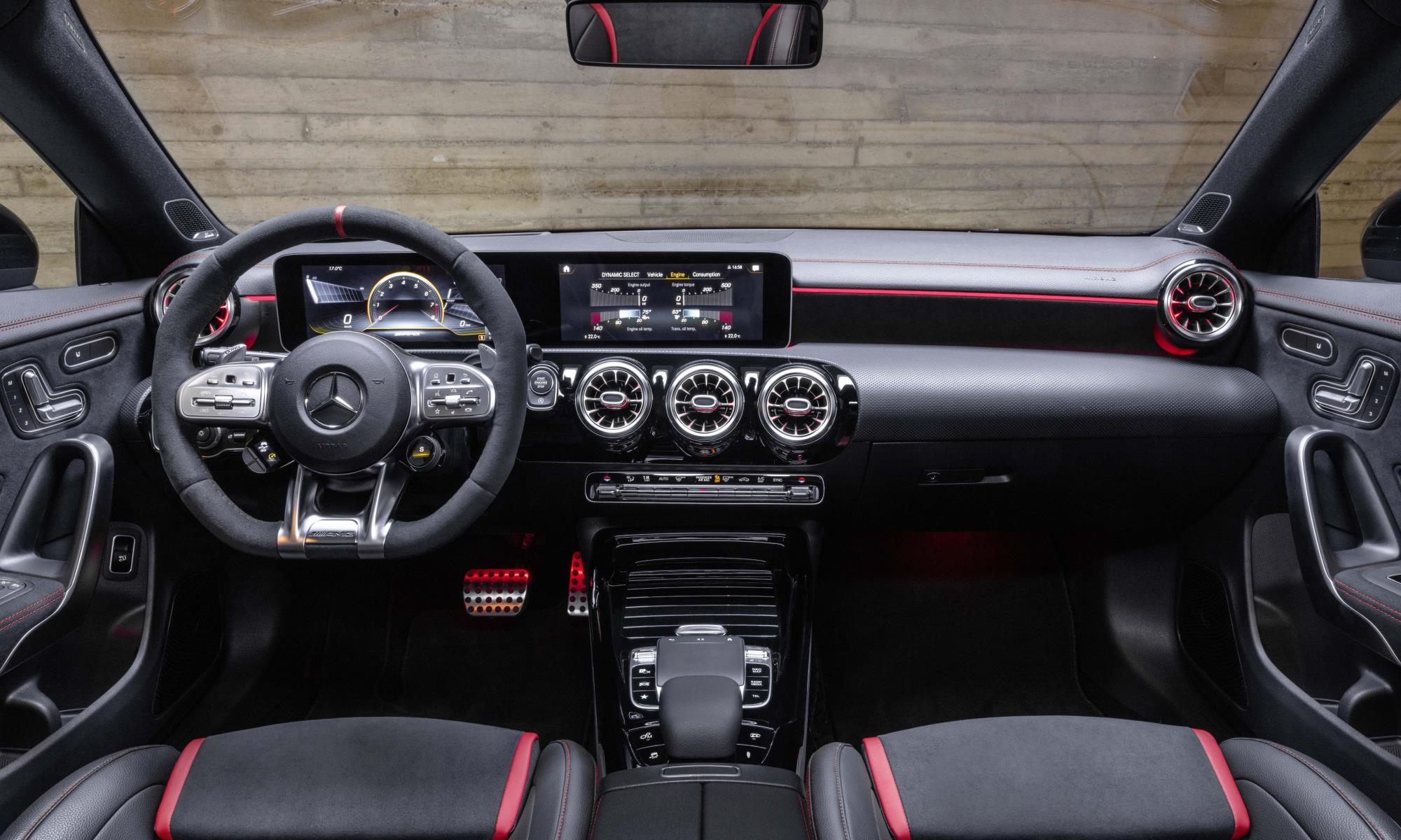 Mercedes-AMG CLA45 Shooting Brake interior jpg