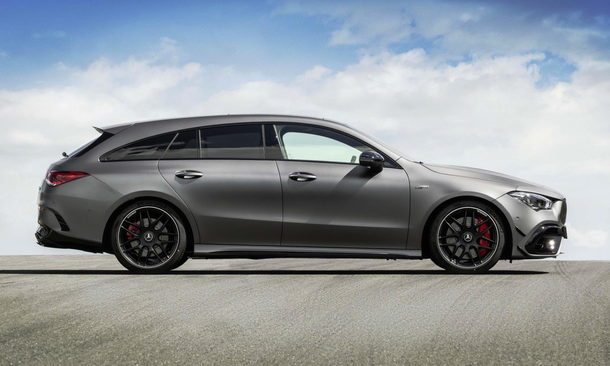 Mercedes-AMG CLA45 Shooting Brake profile