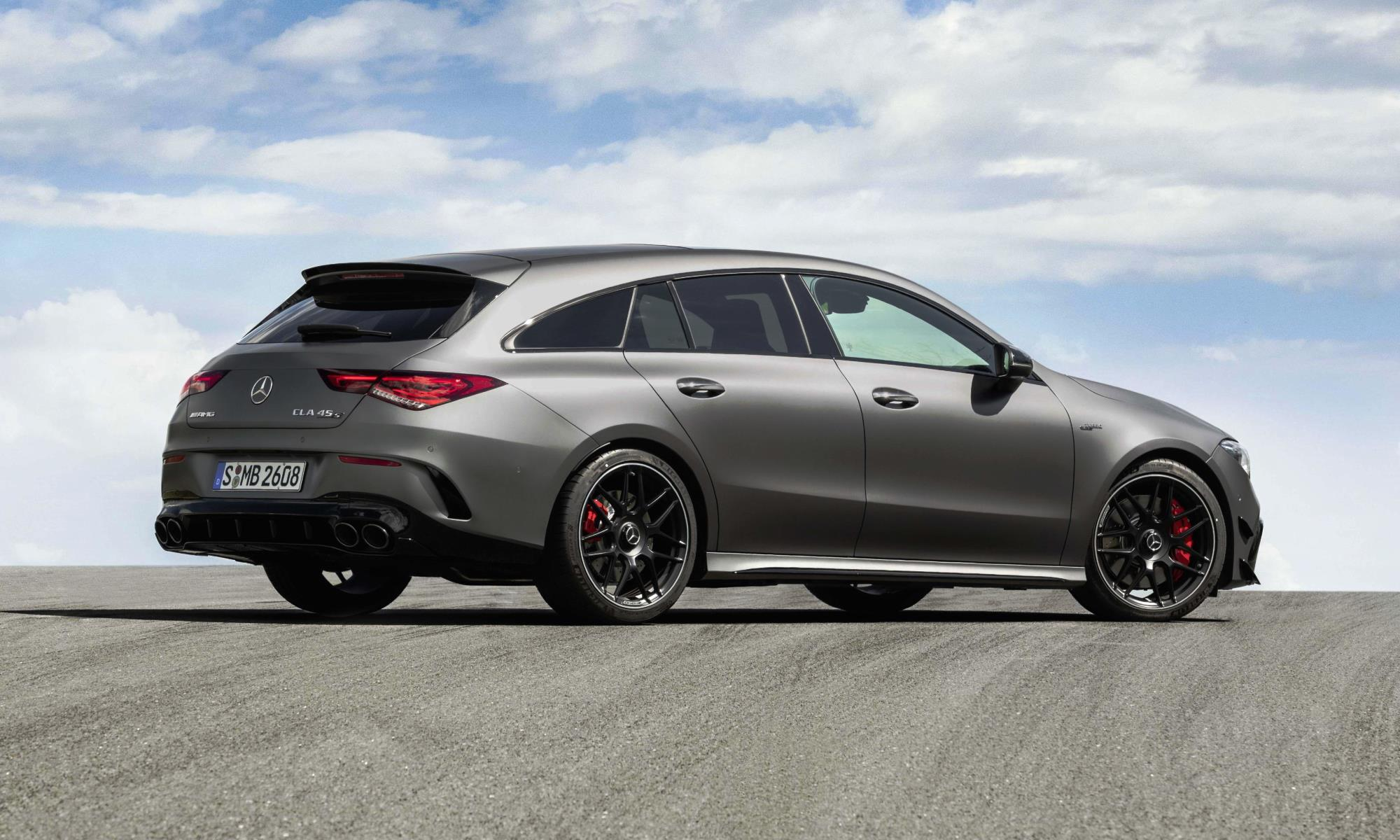 Mercedes-AMG CLA45 Shooting Brake rear