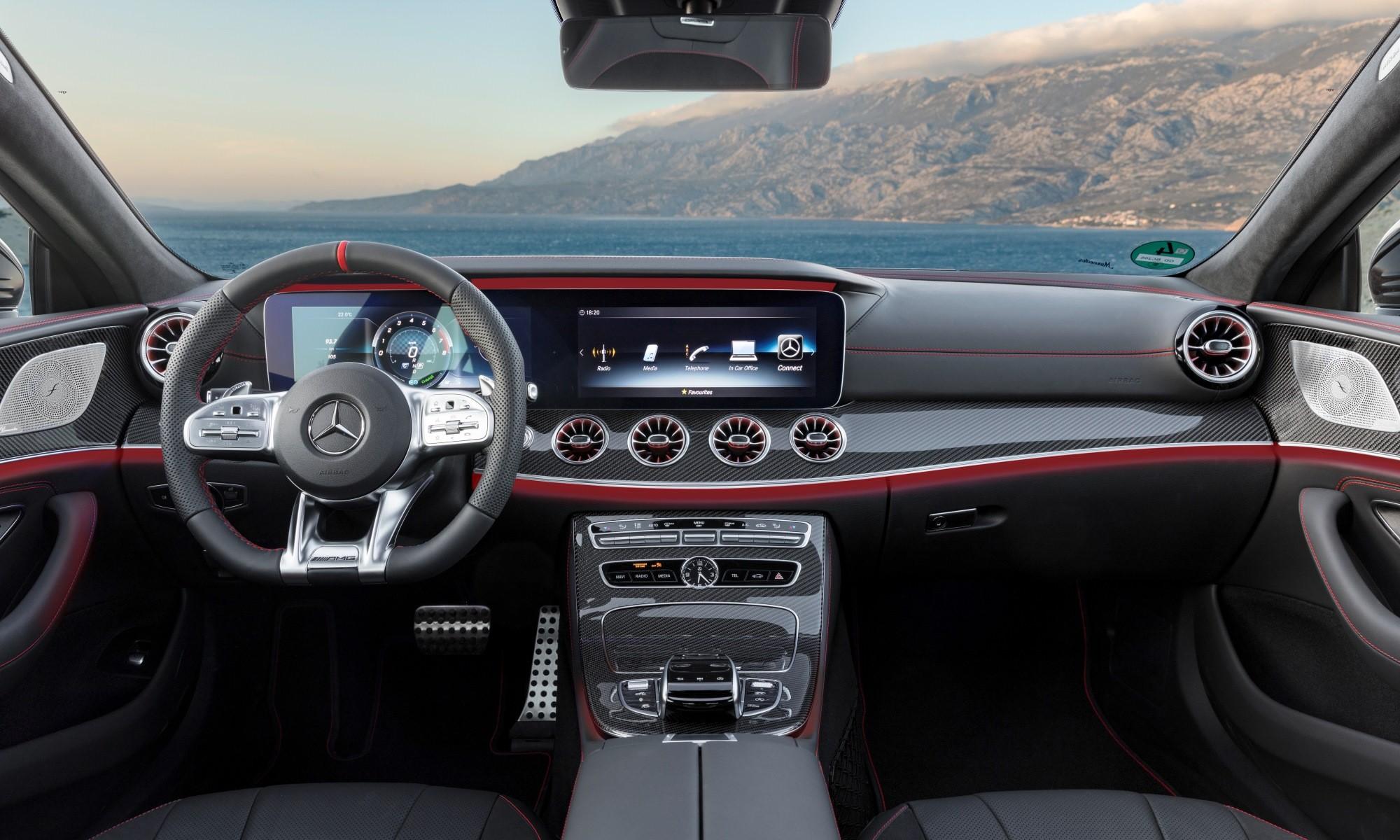 Mercedes-AMG CLS53 interior