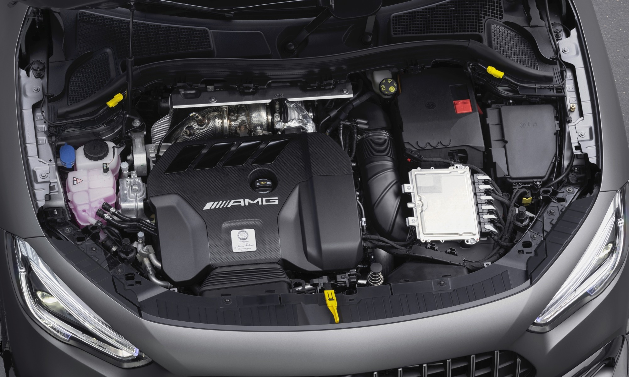 Mercedes-AMG GLA45 engine