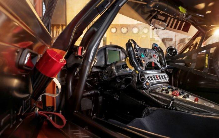Mercedes-AMG GT3 interior