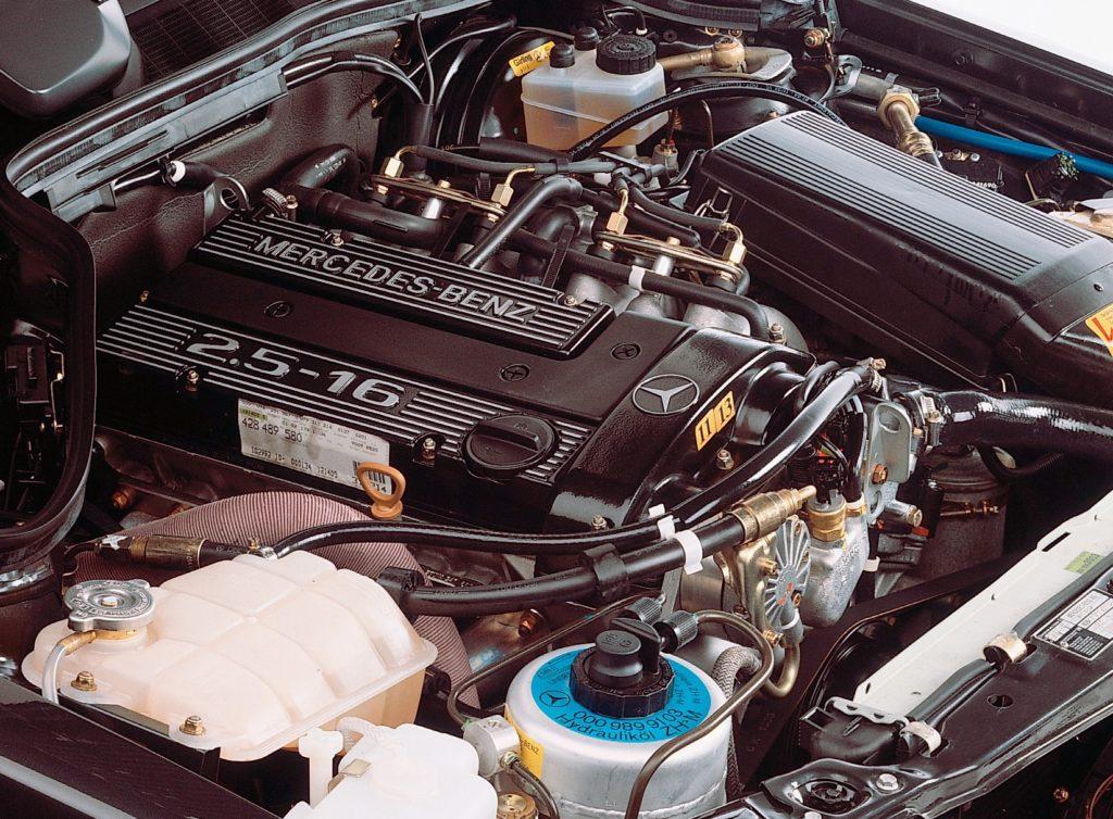 Mercedes-Benz 190E 2,5-16 Evo II engine