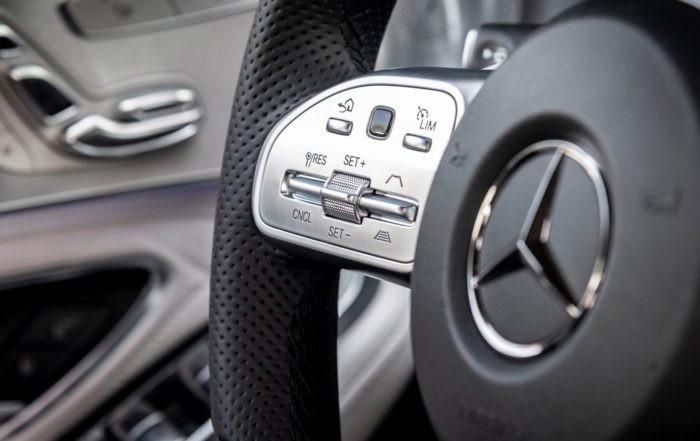 Mercedes-Benz C180 steering