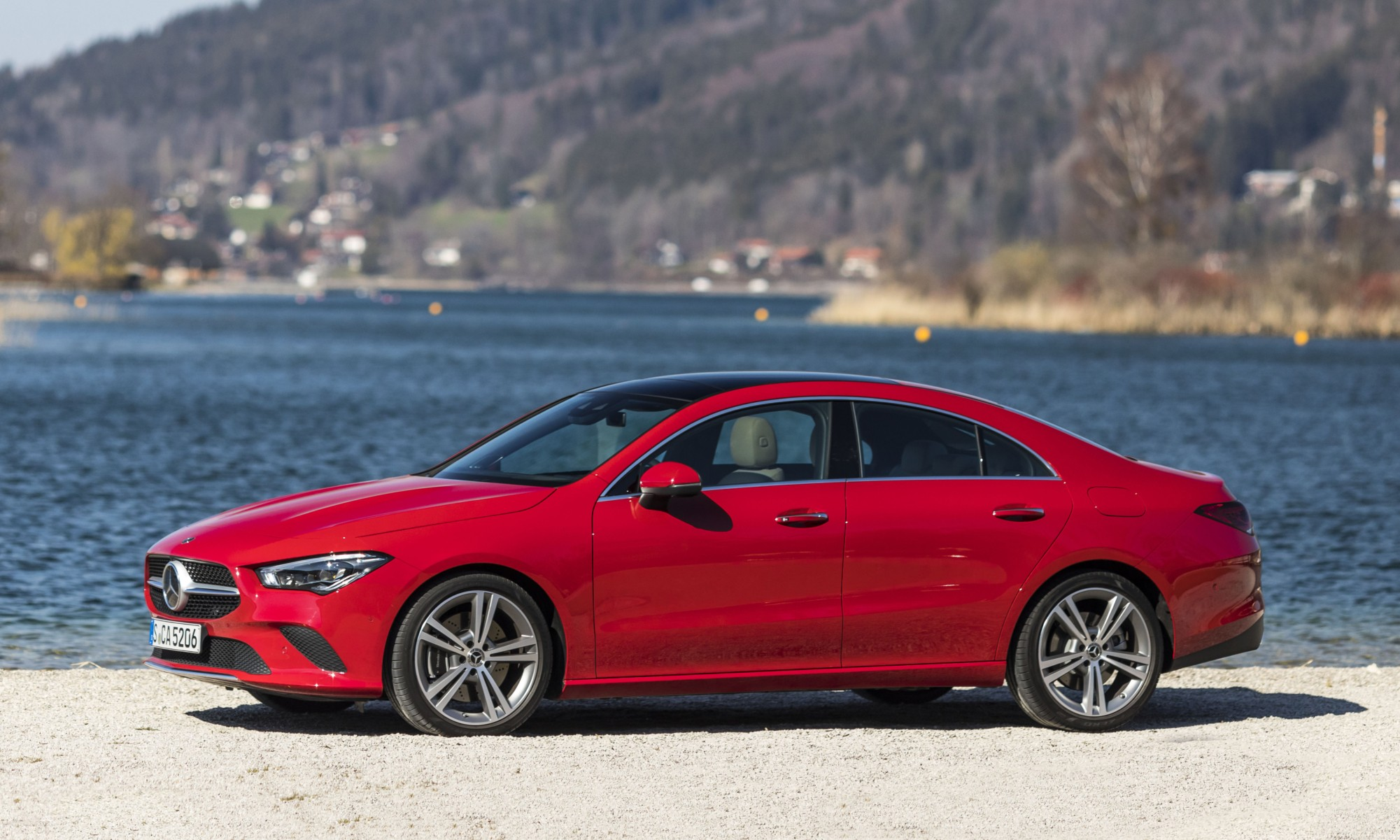 Mercedes-Benz CLA200 profile