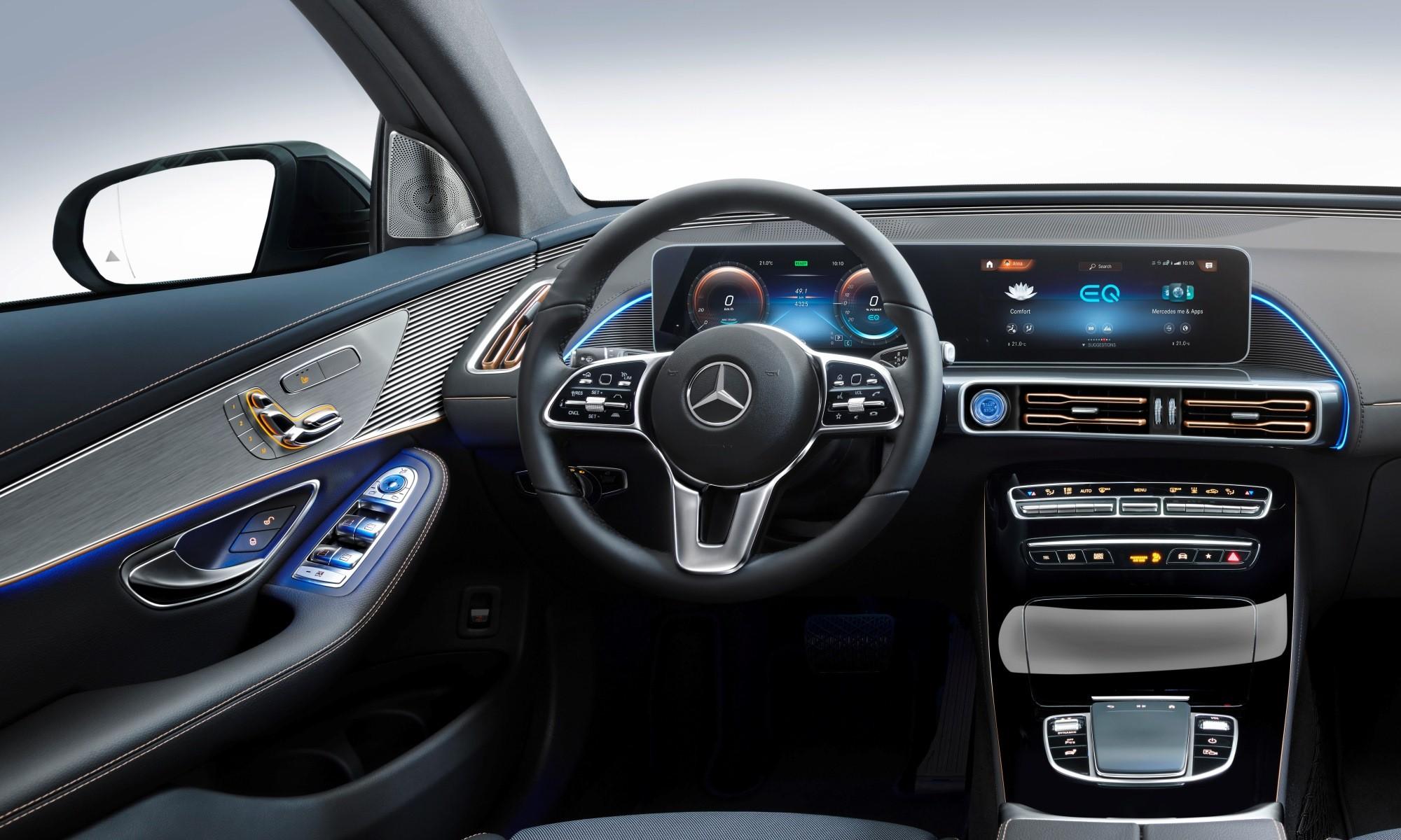 Mercedes-Benz EQC400 4Matic interior