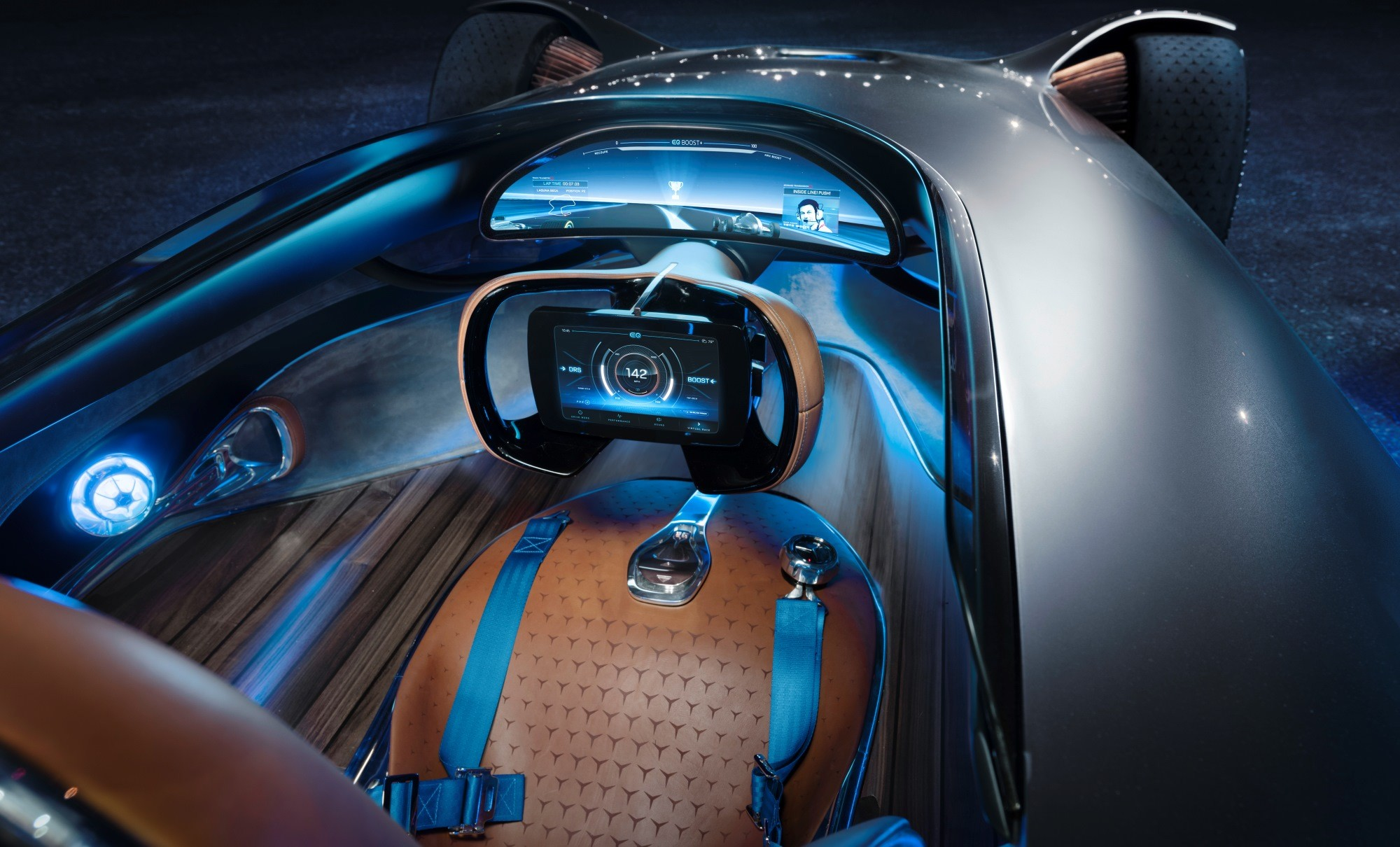 Mercedes-Benz Vision EQ Silver Arrow interior
