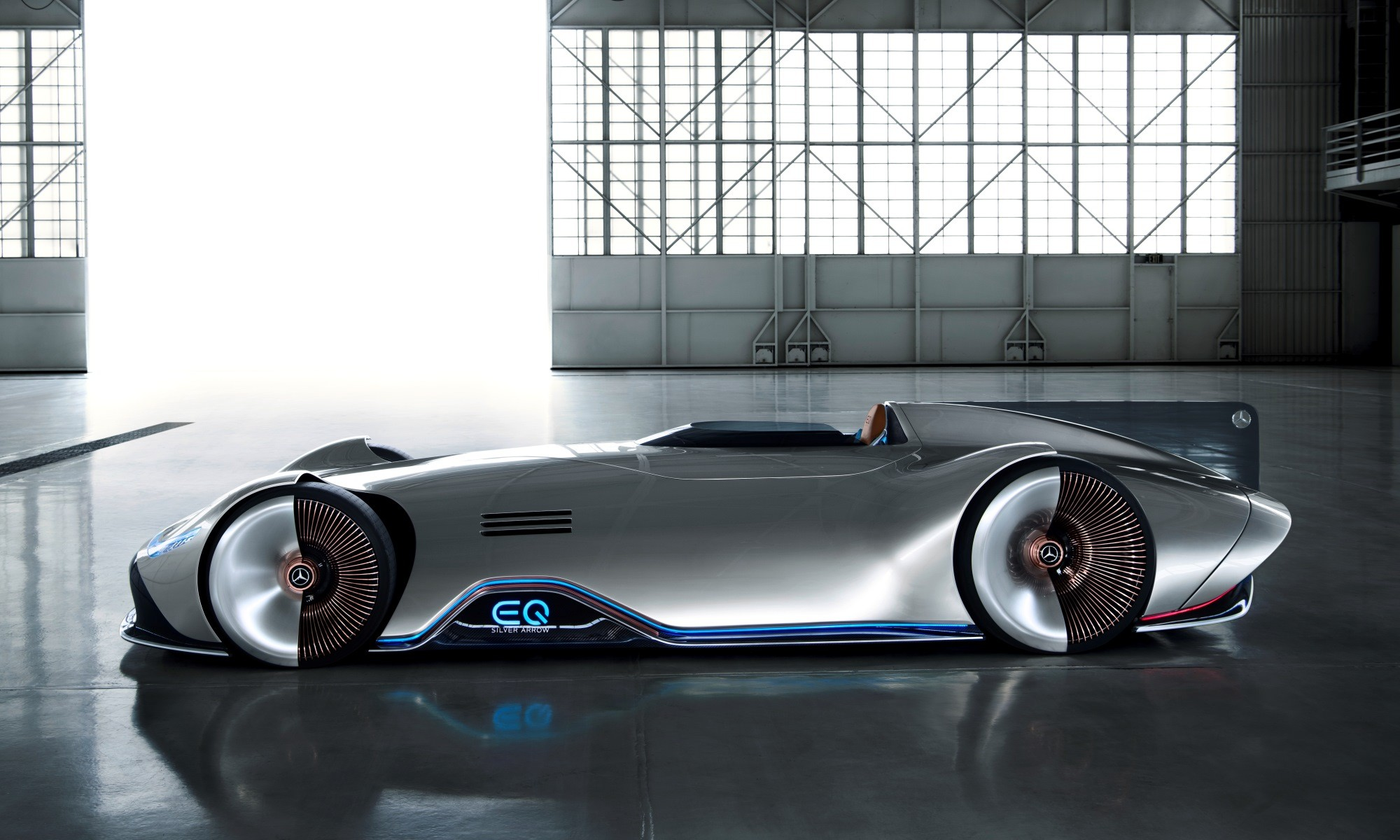 Mercedes-Benz Vision EQ Silver Arrow profile