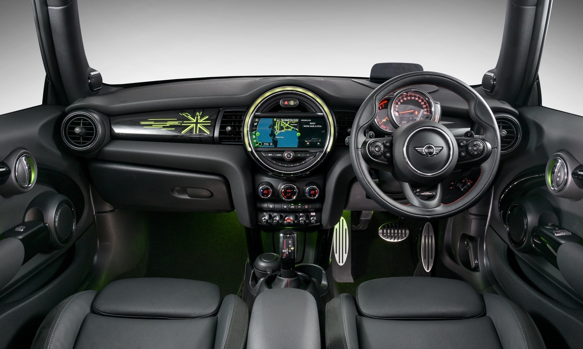 Mini Cooper Driven interior