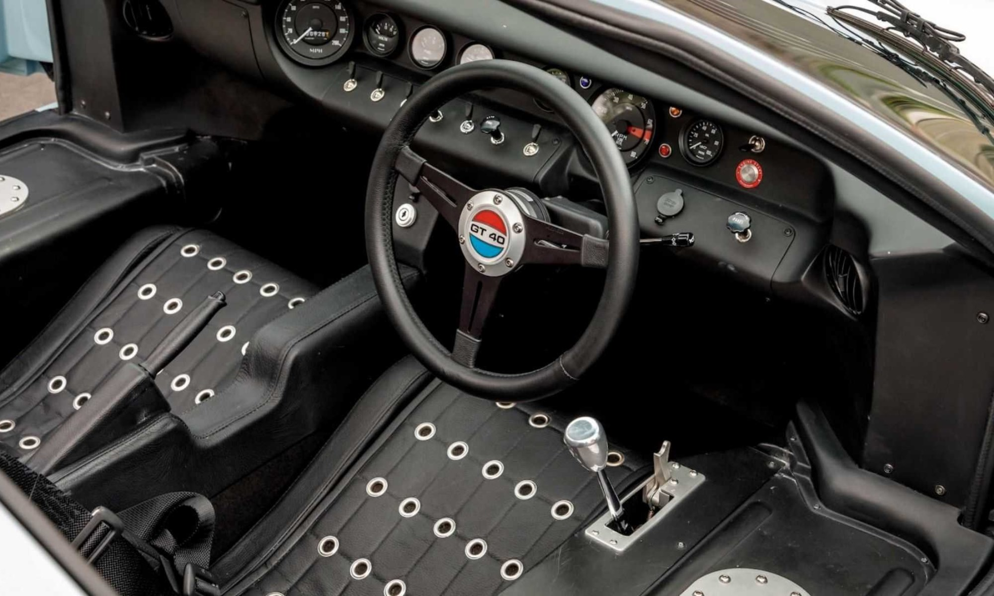 Movie GT40 interior