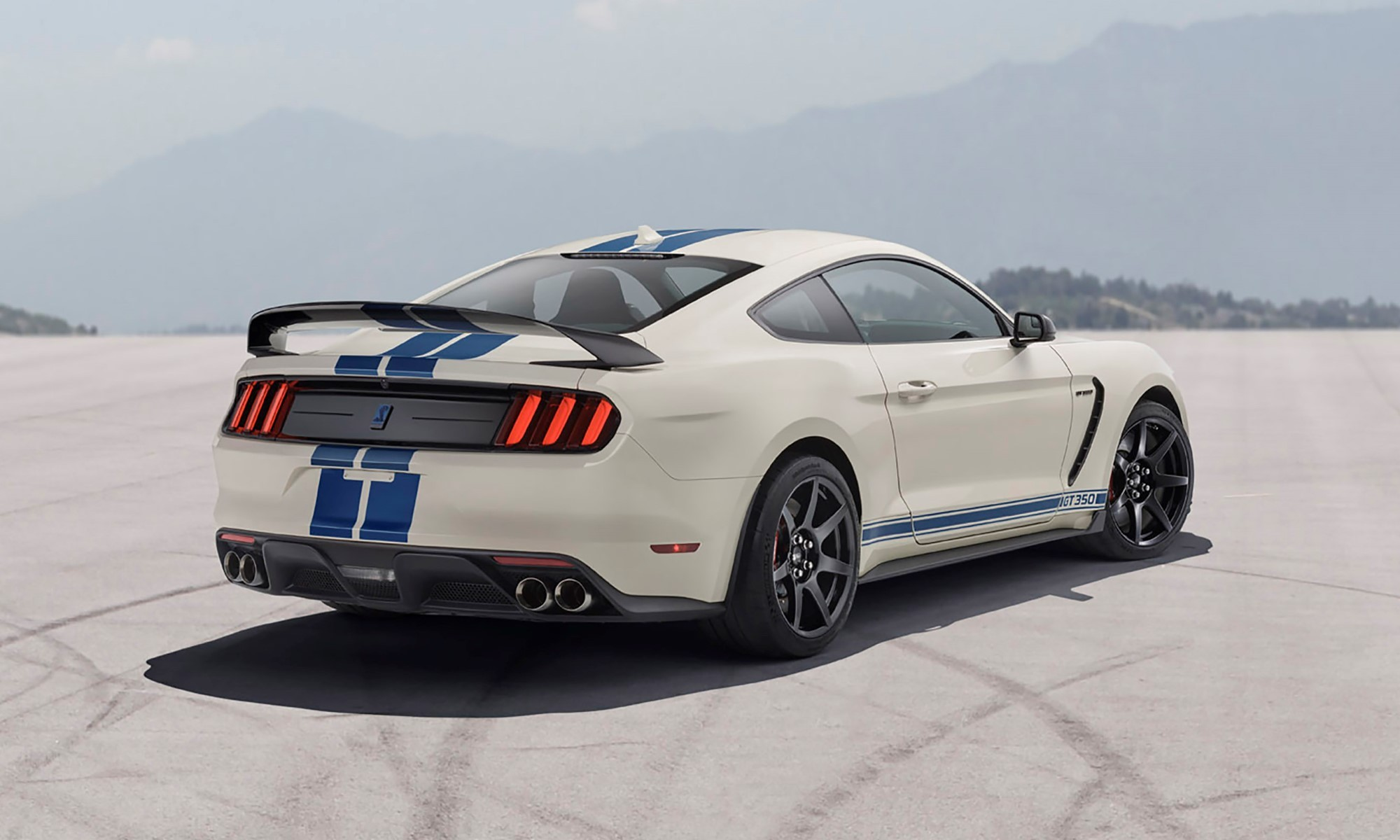 Mustang GT350 Heritage Edition rear