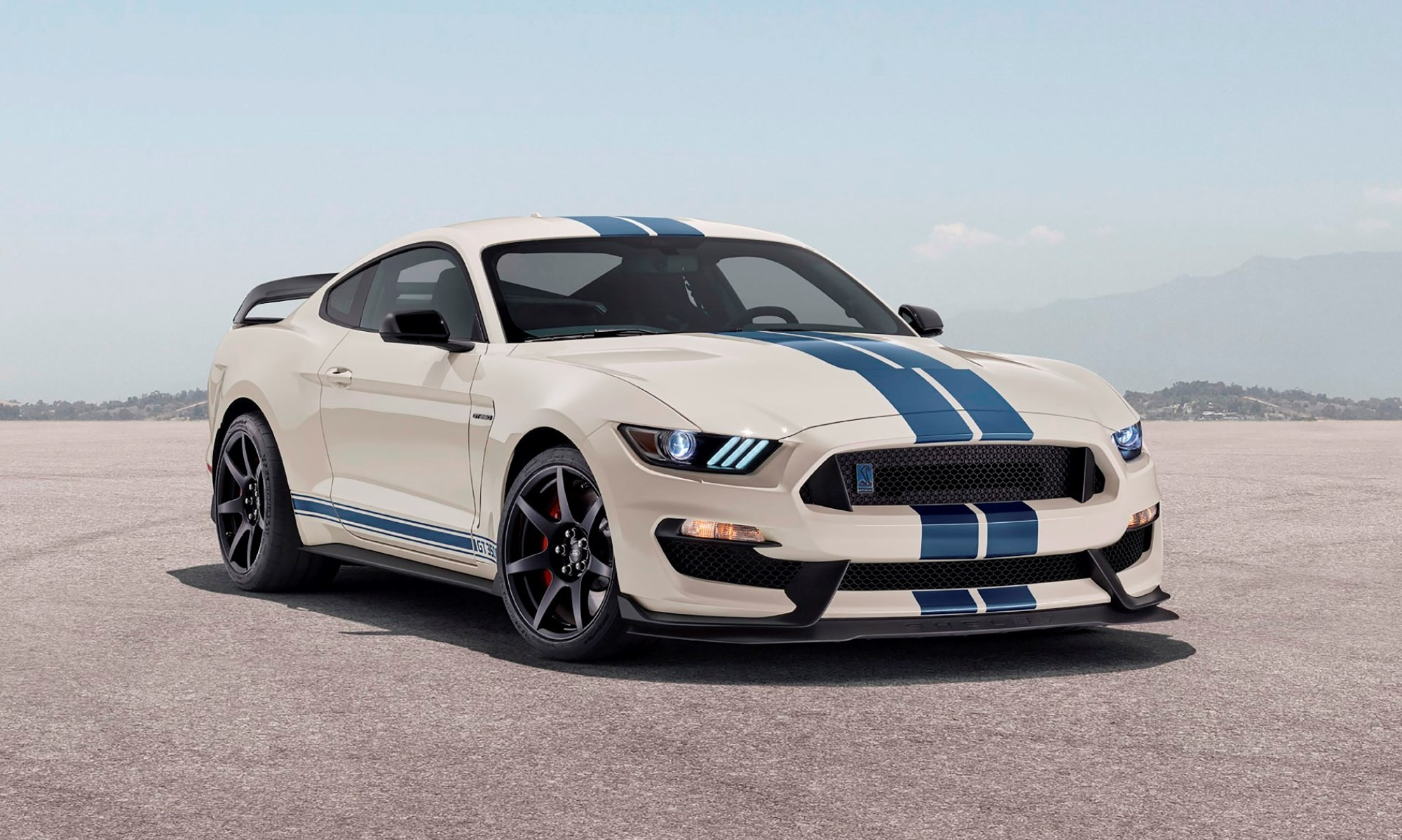 Mustang GT350 Heritage Edition side