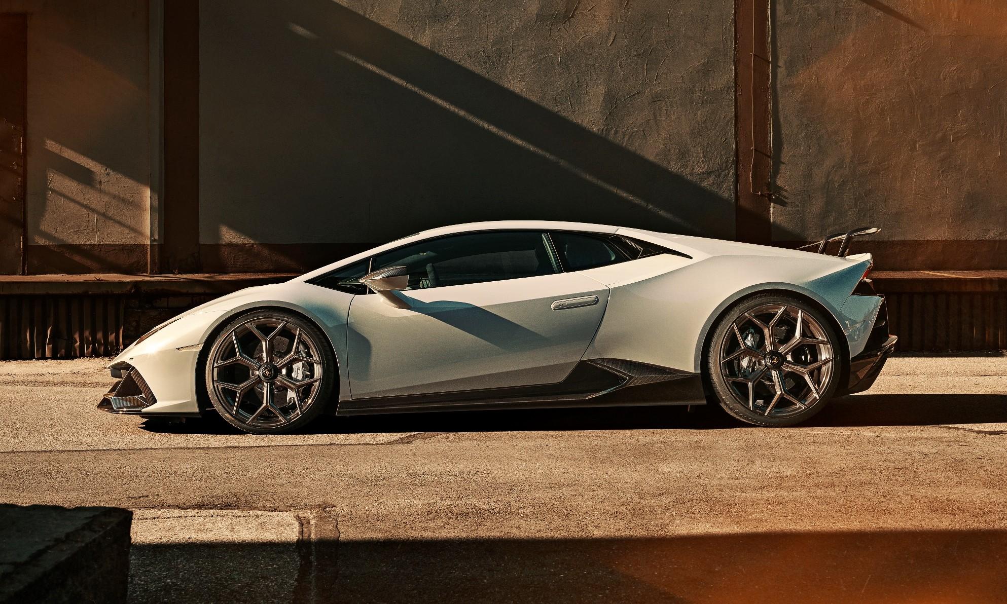 Novitec Lamborghini Huracan Evo profile