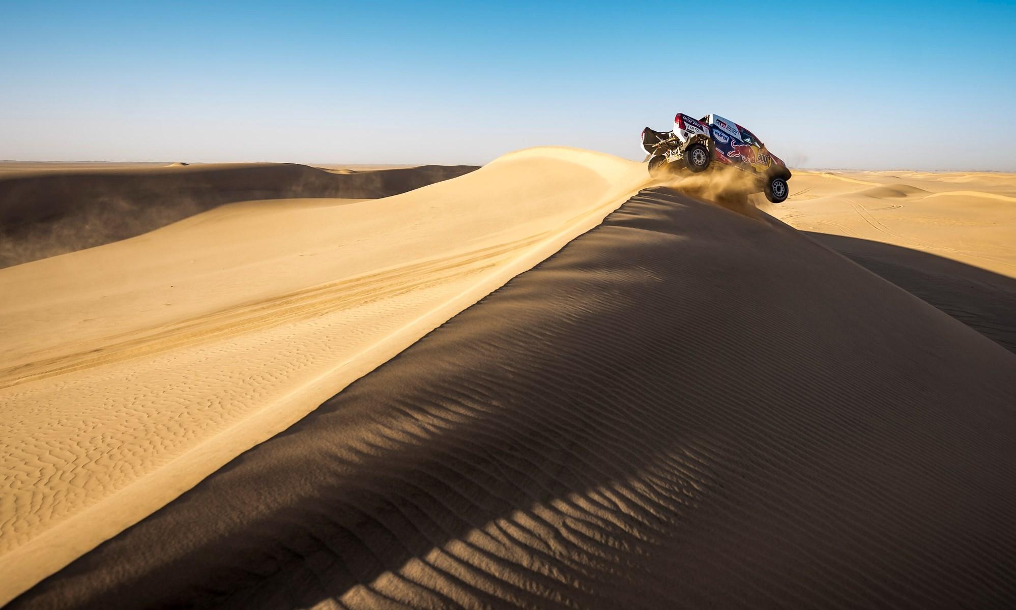 Nasser Al-Attiyah closed the gap to Sainz on 2020 Dakar Stage 8