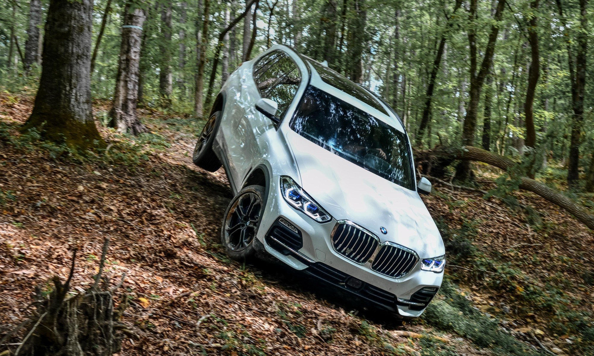 New BMW X5 off-road