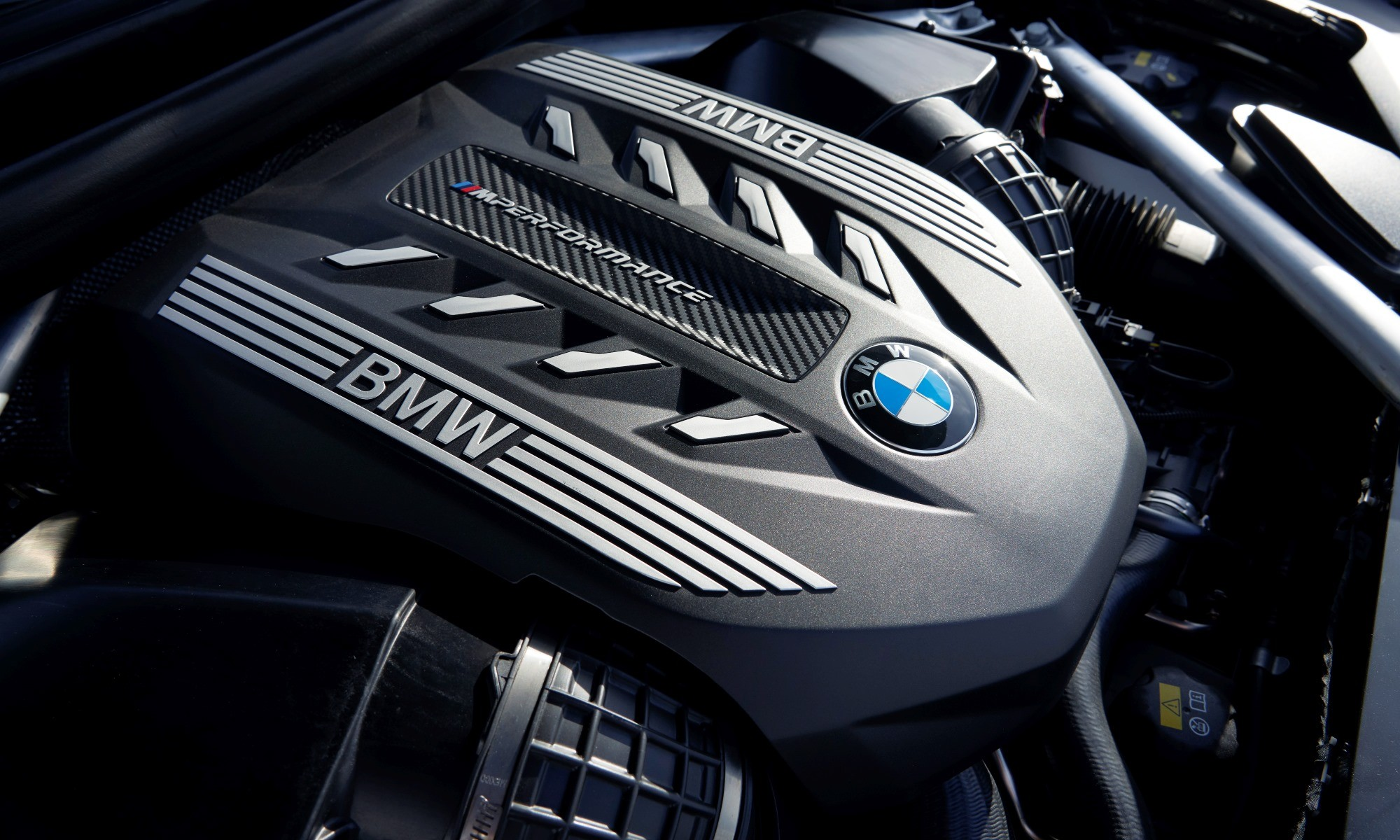 New BMW X6 engine