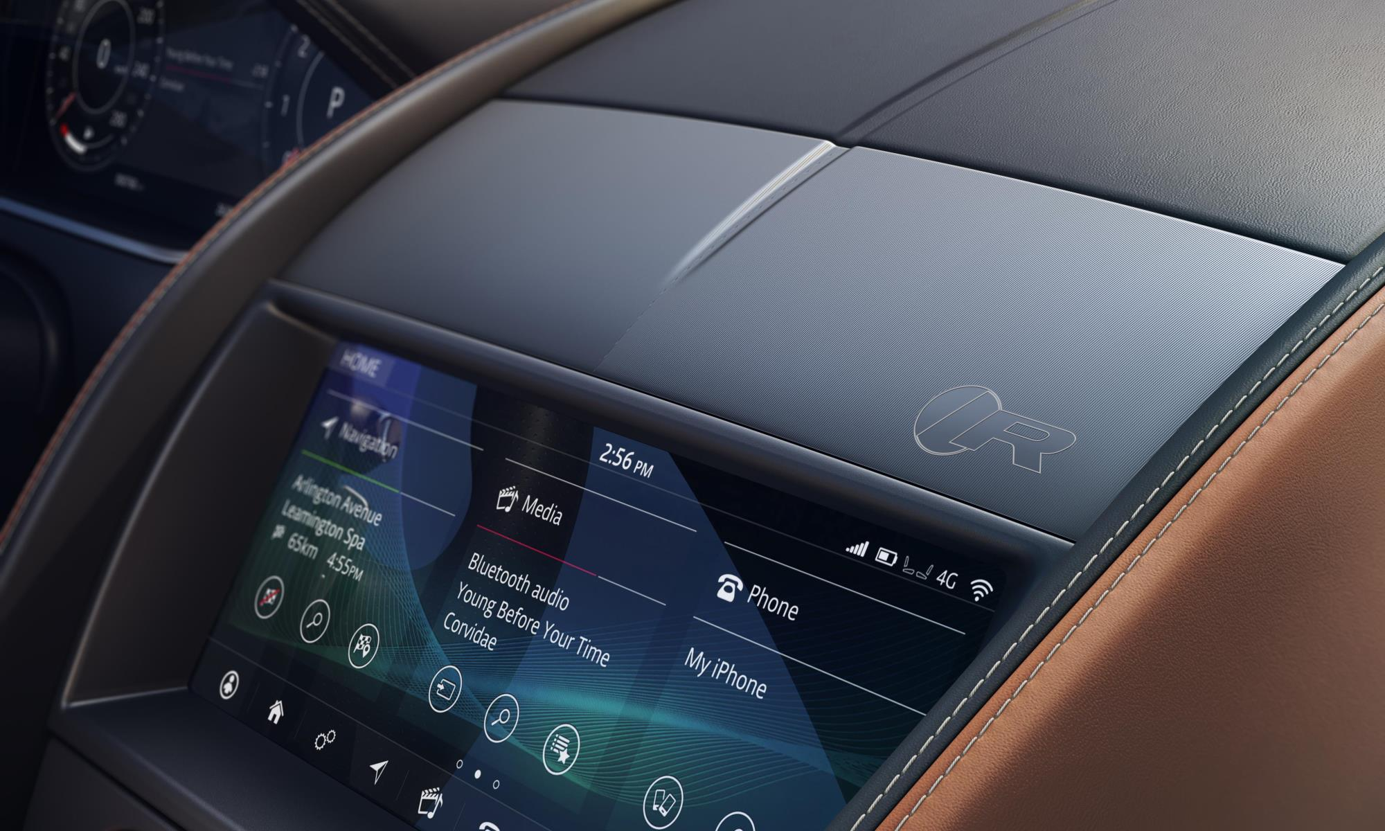 New Jaguar F-Type infotainment