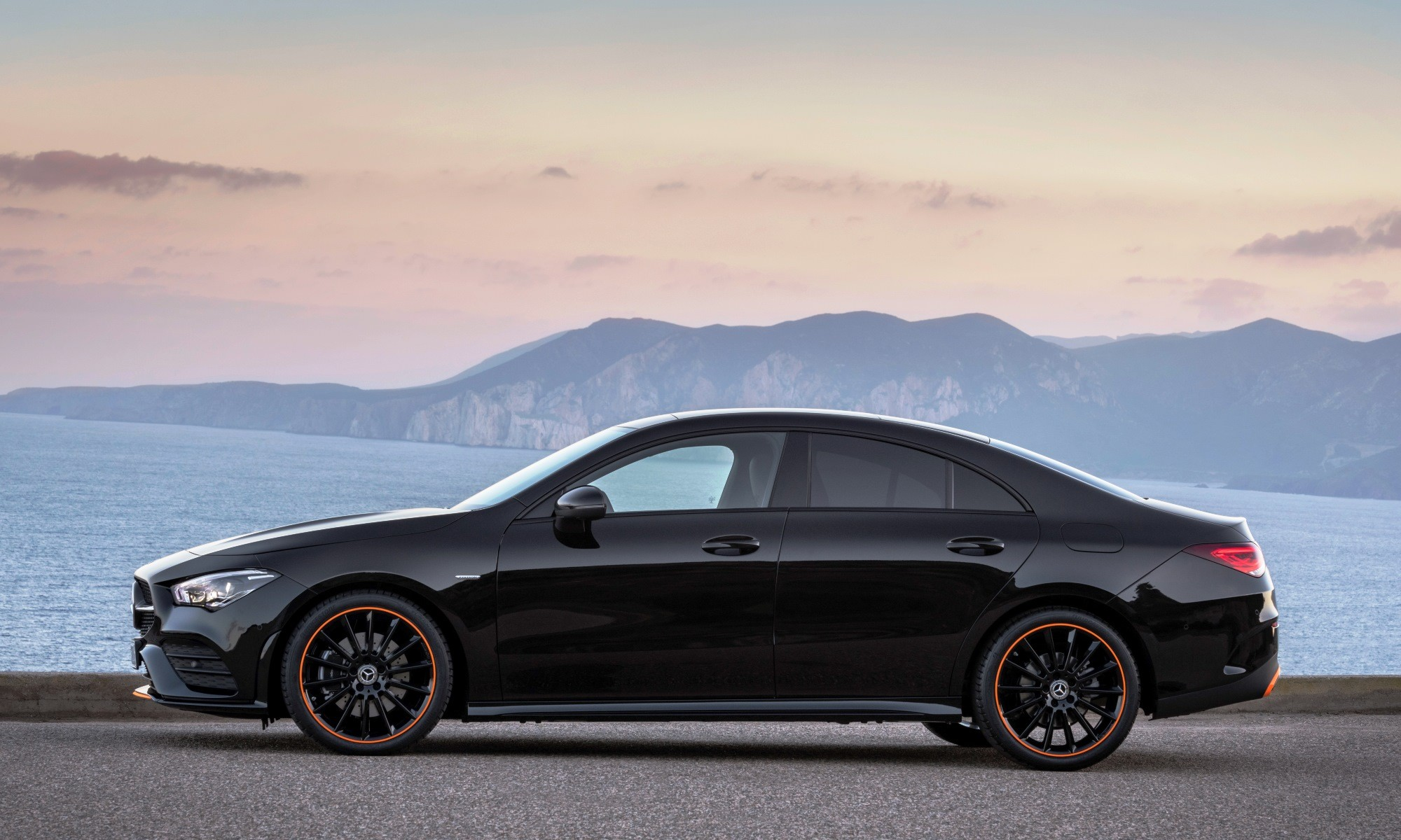 New Mercedes-Benz CLA profile
