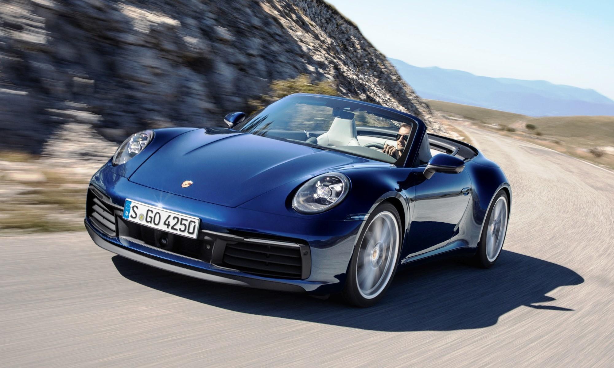 New Porsche 911 Cabriolet front tracking