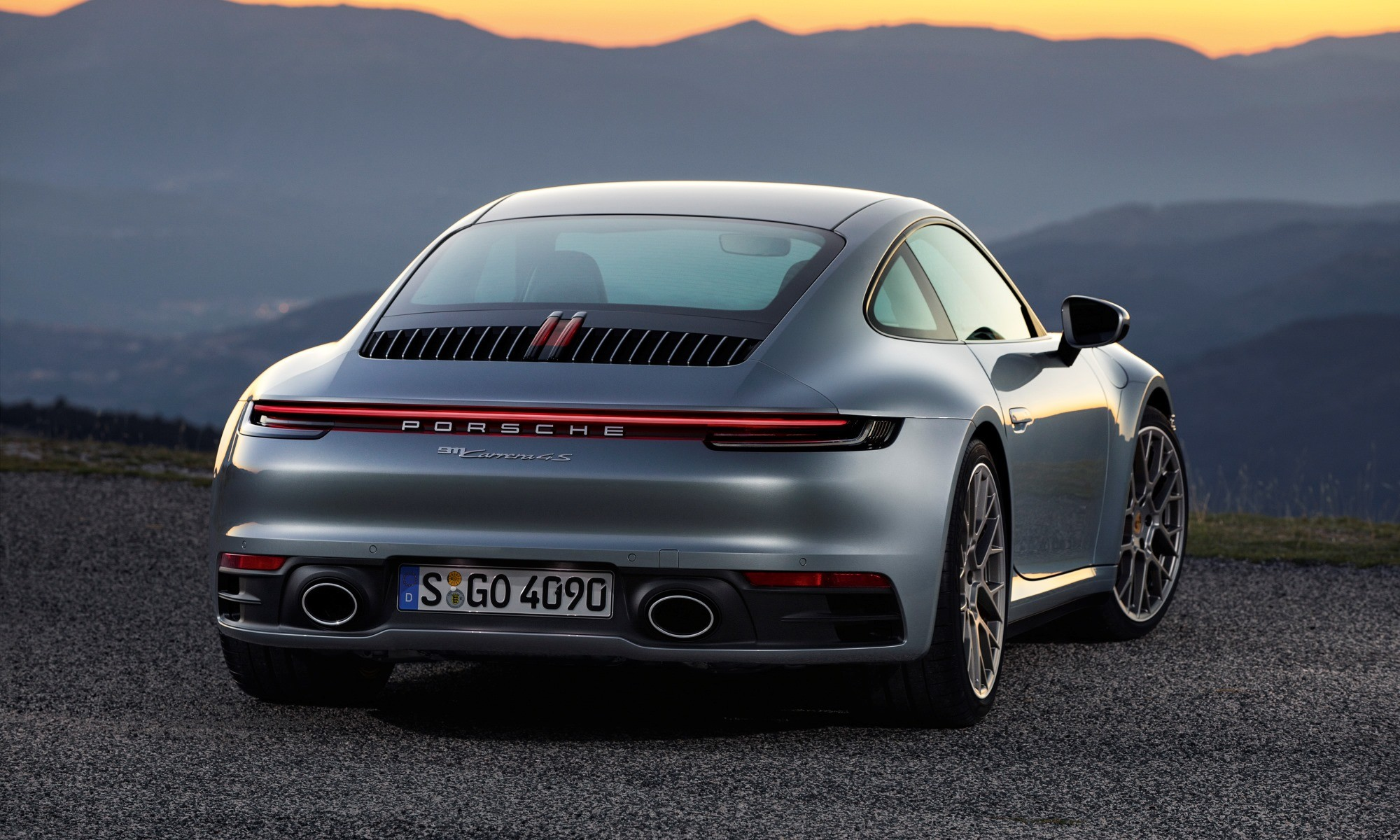 New Porsche 911 rear