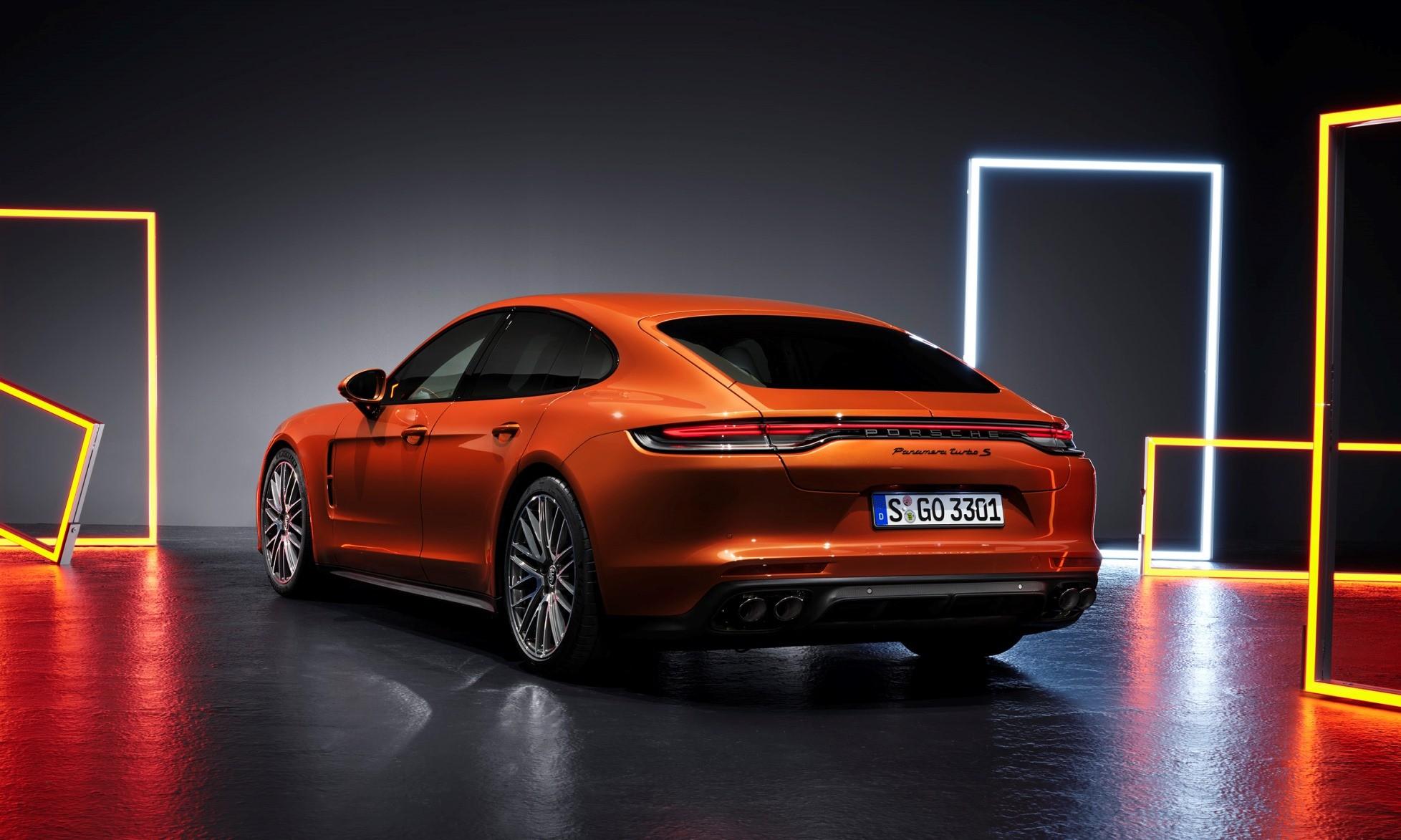 New Porsche Panamera Turbo S rear