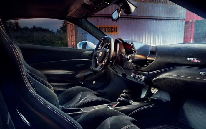 Novitec Ferrari 488 Pista interior