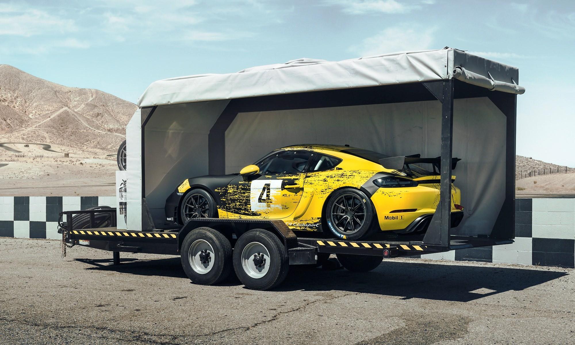 Porsche 718 Cayman GT4 Clubsport toybox