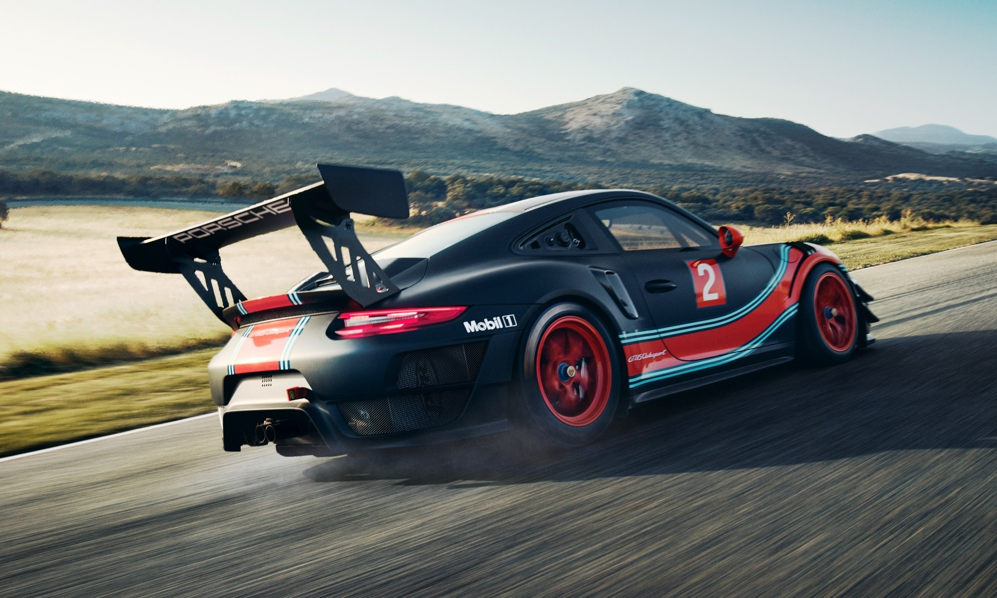 Porsche 911 GT2 RS Clubsport rear