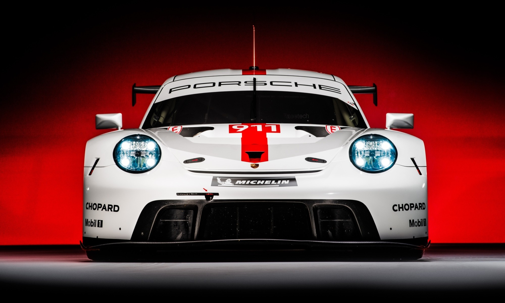 Porsche 911 RSR front