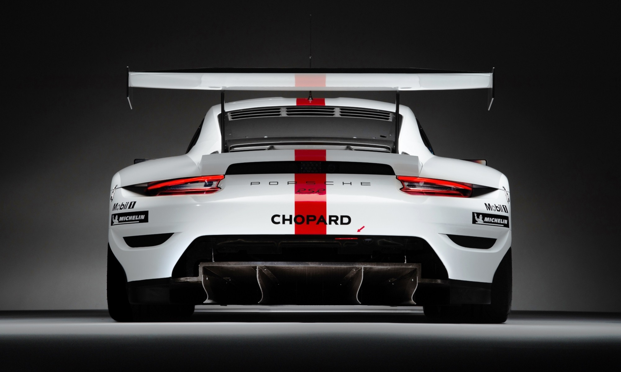 Porsche 911 RSR rear wing