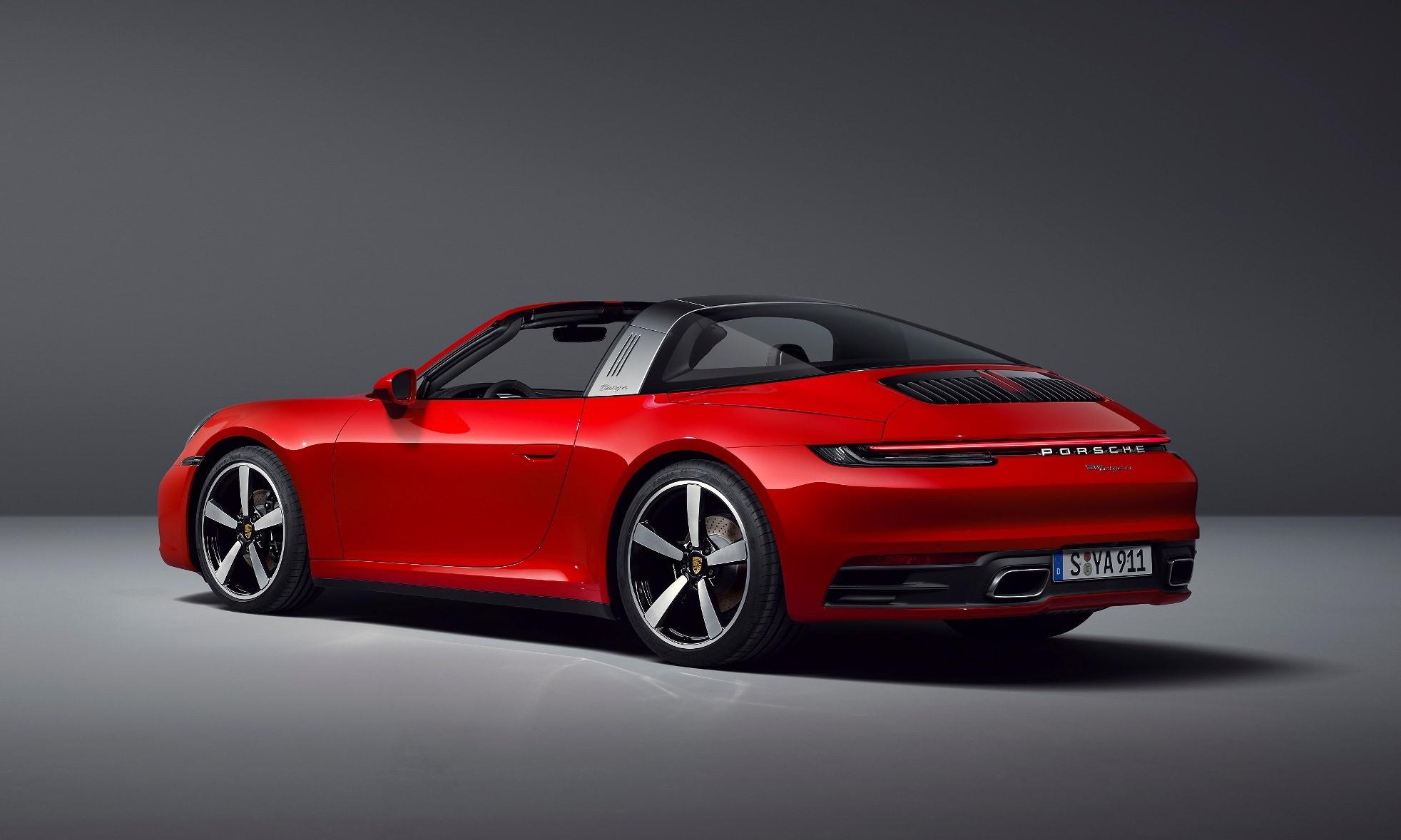 Porsche 911 Targa red rear