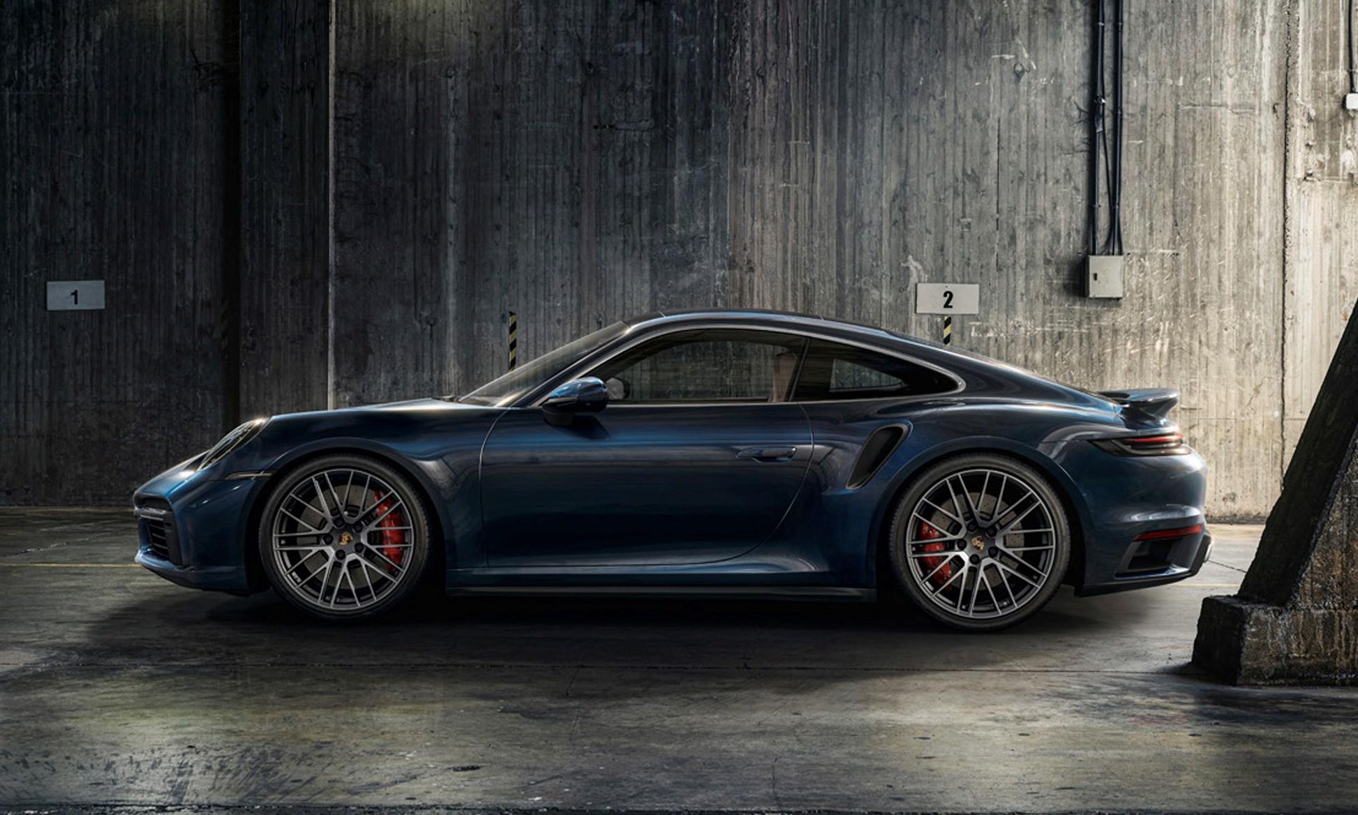 Porsche 911 Turbo profile