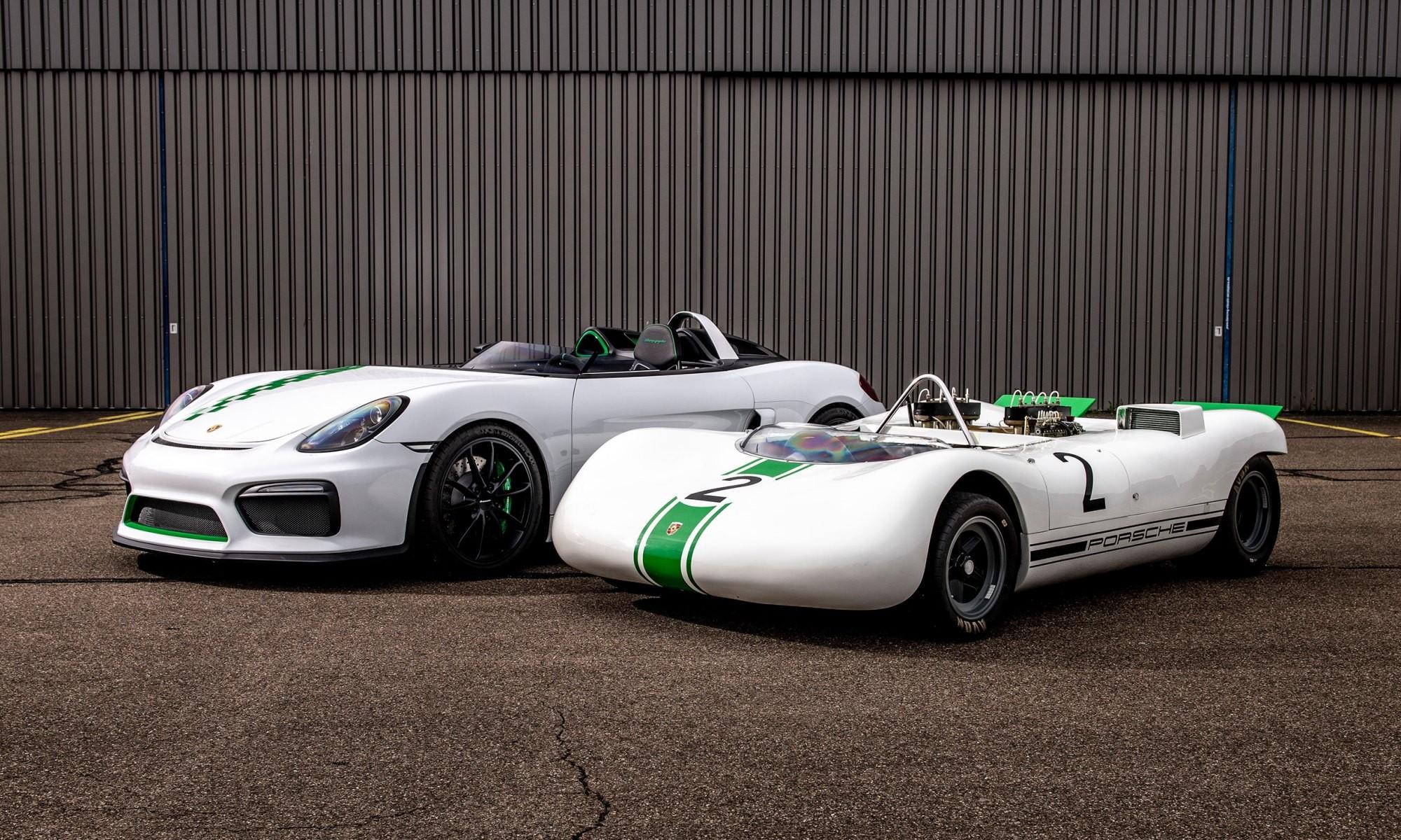 Porsche 981 Bergspyder and 909 side