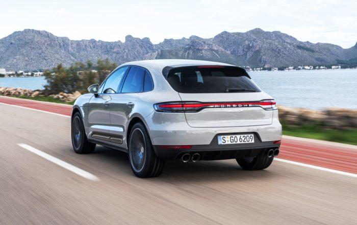 Porsche Macan rear tracking