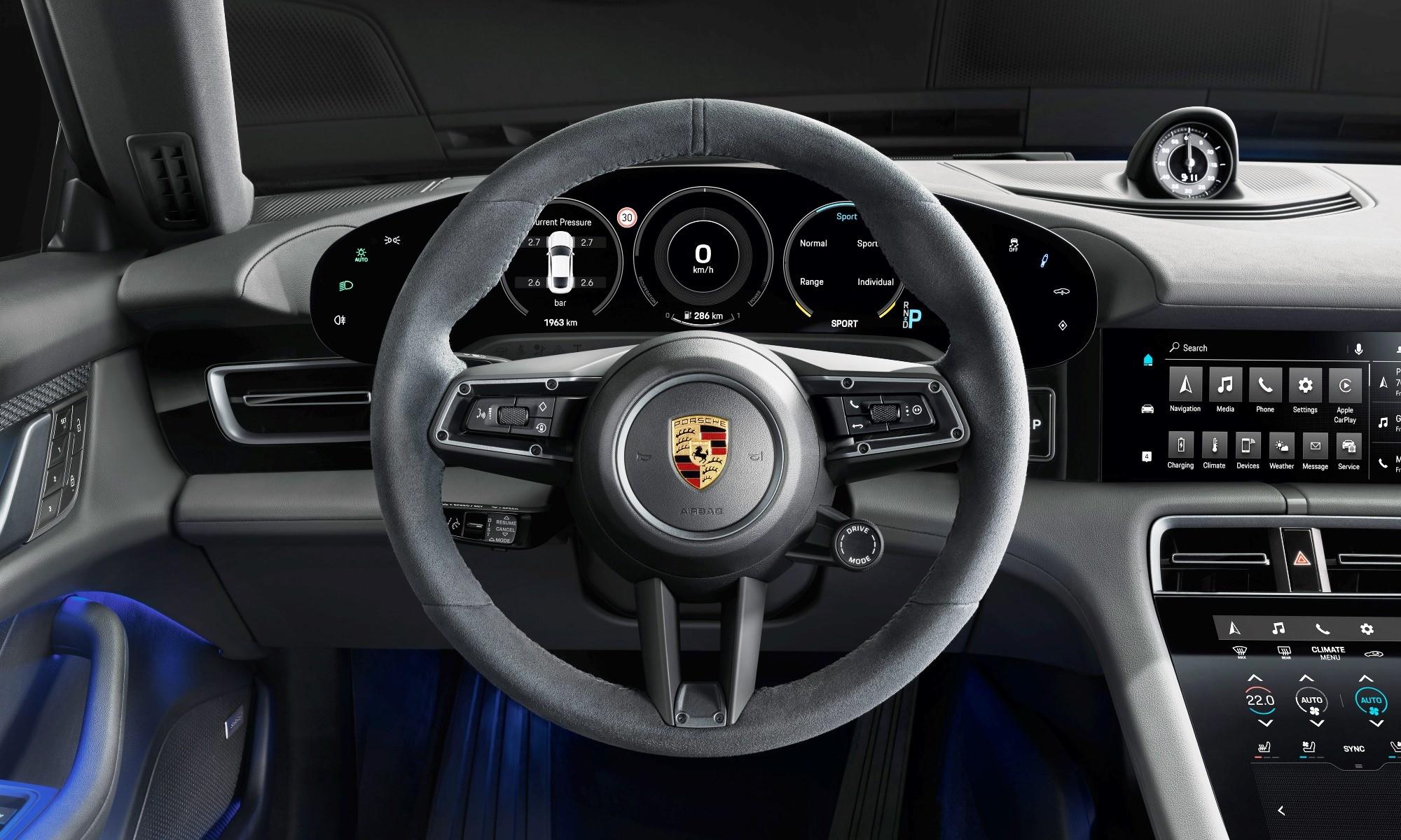 Porsche Taycan 4S interior