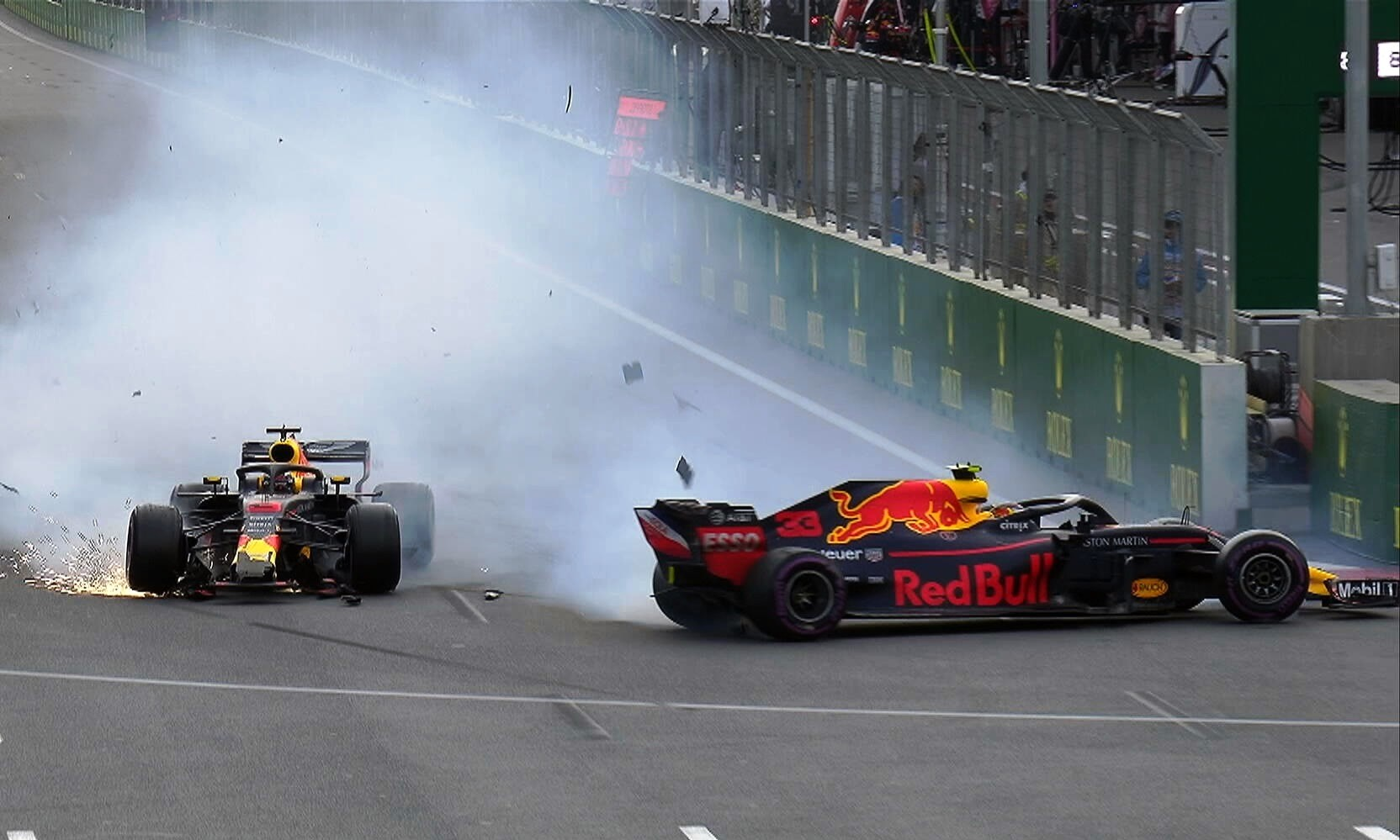 RBR drivers crash into each other at Baku 2018