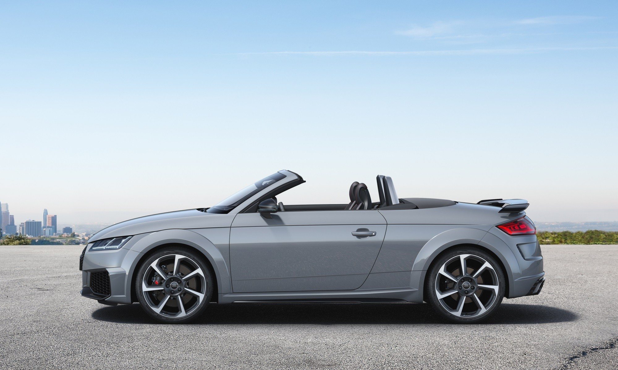 Refreshed Audi TT RS Roadster