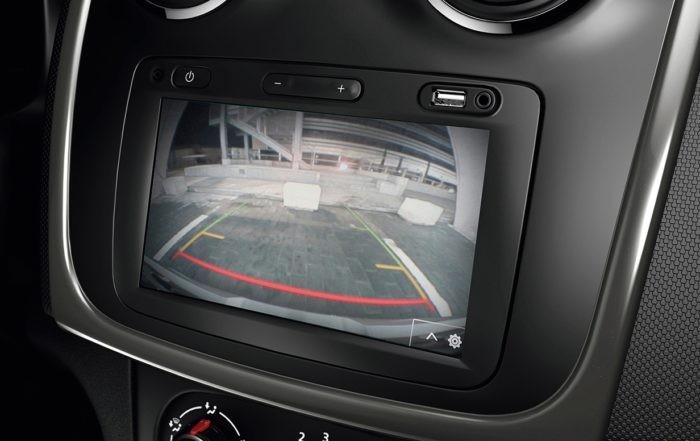 Renault Sandero Stepway Plus reverse camera