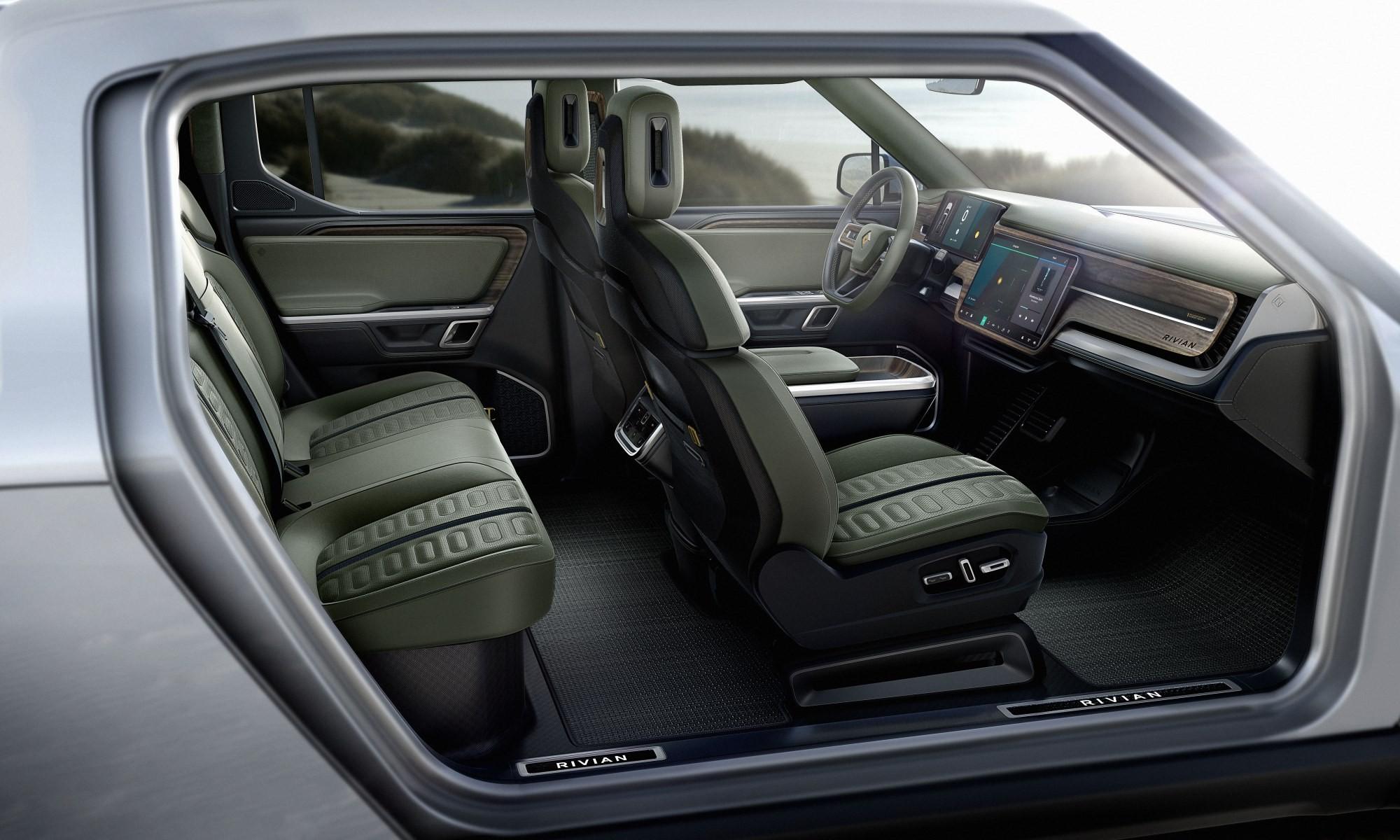 Rivian R1T interior
