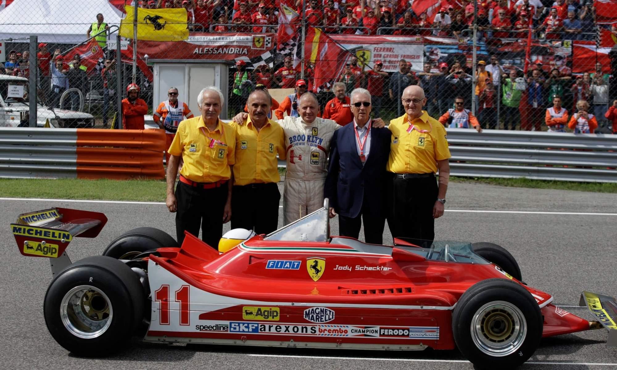 SAGP founding president Jody Scheckter (centre)