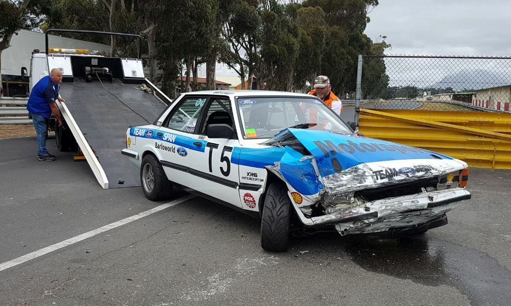 Sarel-XR6-crashed