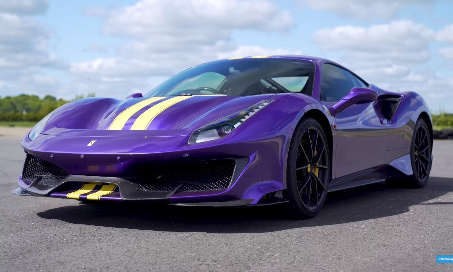 Supercar Drag Race Ferrari 488 Pista