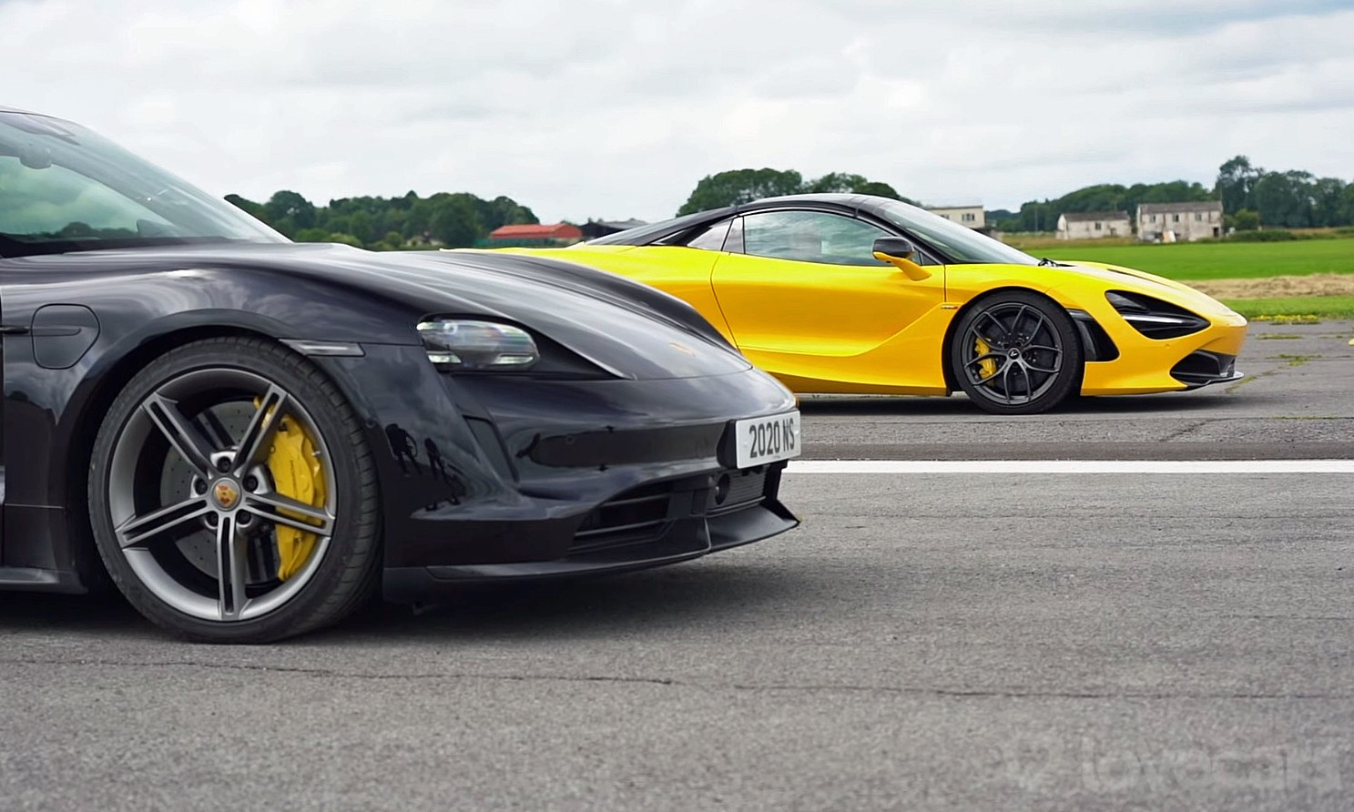 Taycan Turbo S vs 720S Drag Race rear