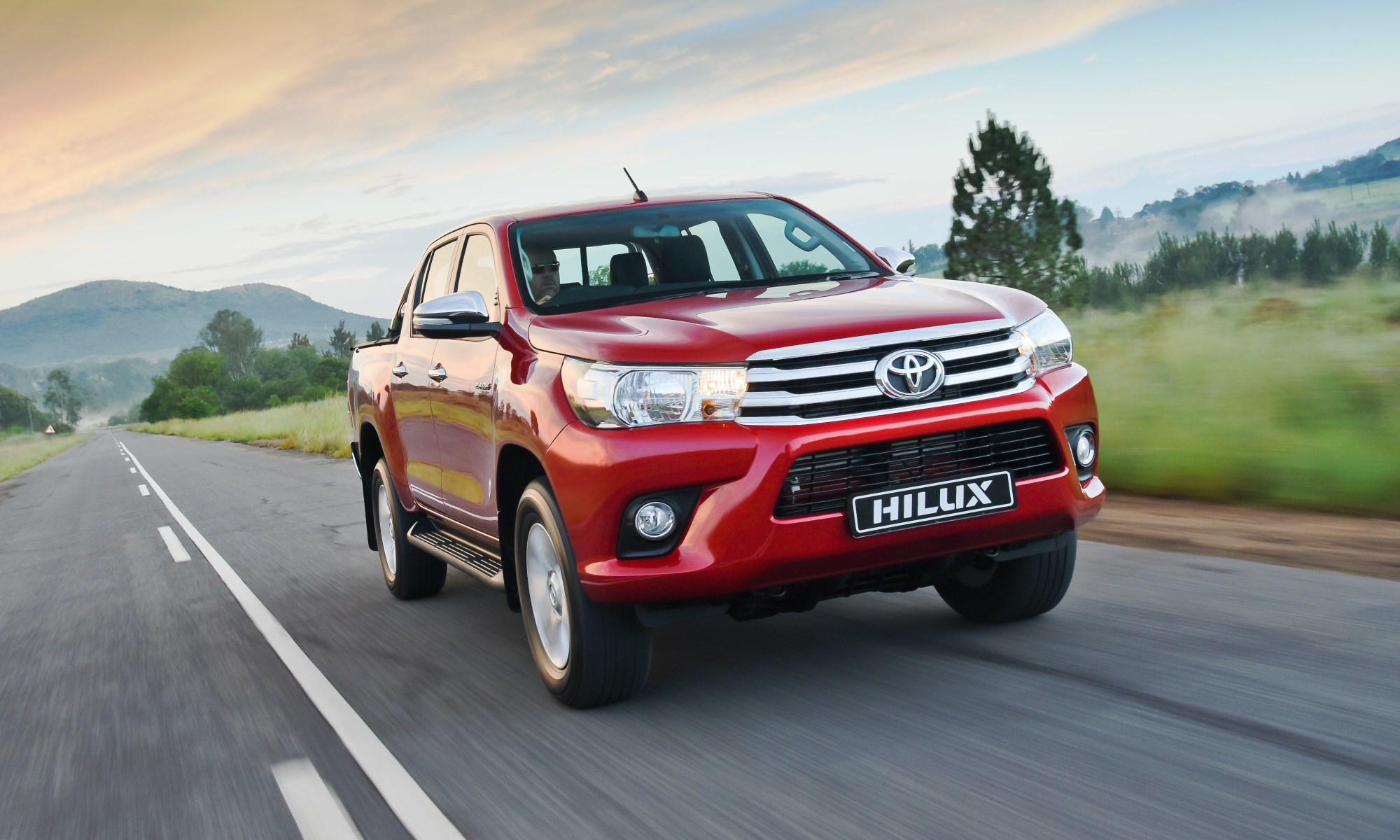 Toyota Hilux 2.8 GD-6 4×4 AT Double Cab Raider