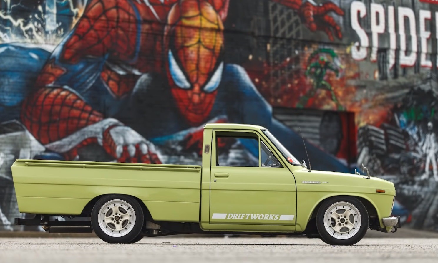 Toyota Hilux Drift Truck profile
