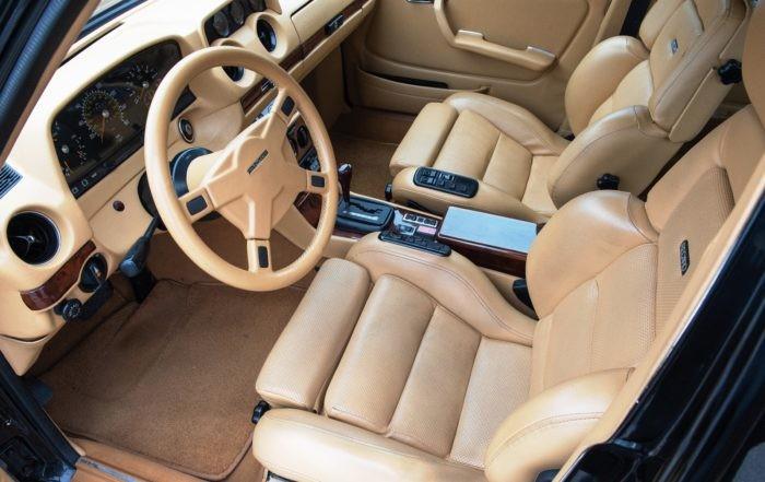 V8-powered Mercedes-Benz 500TE AMG interior