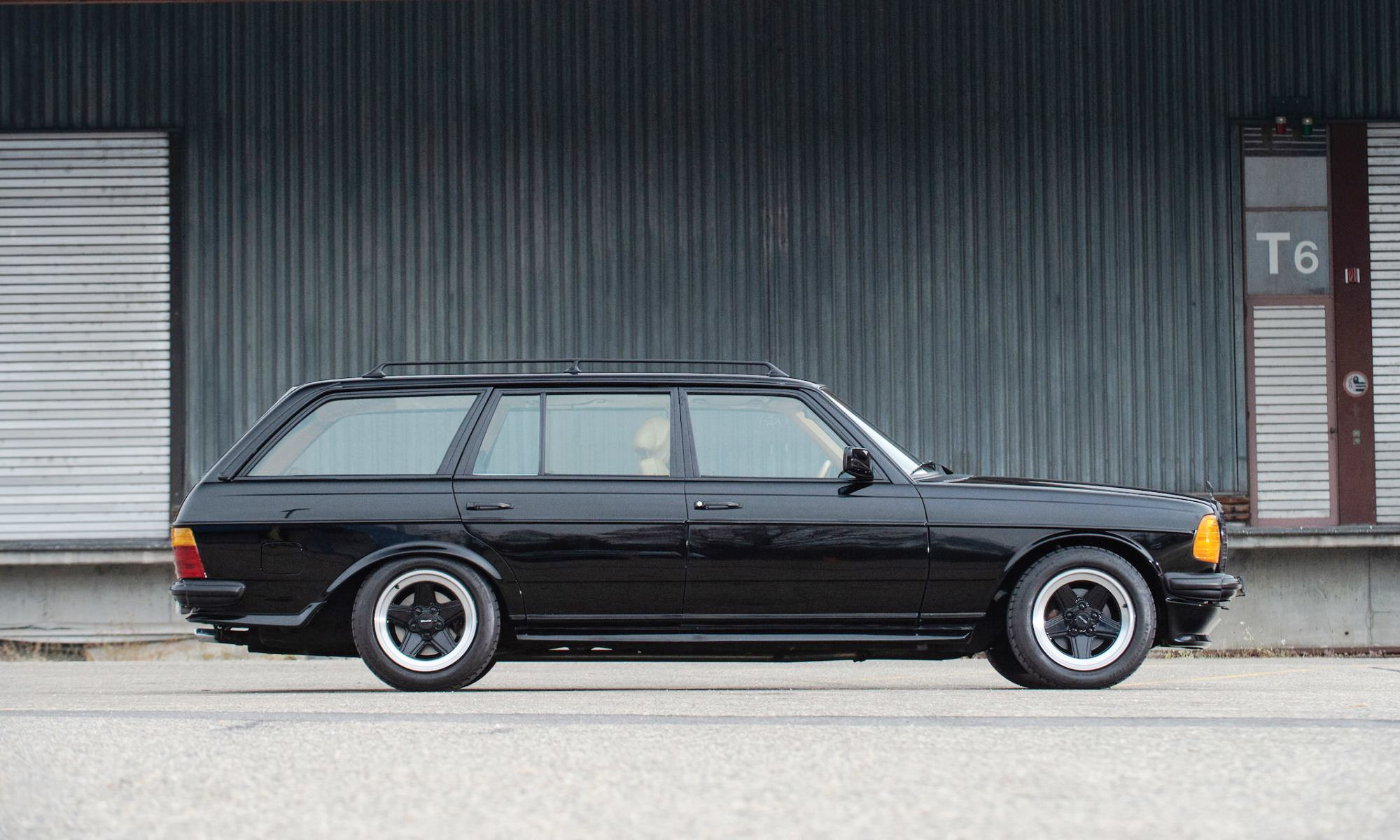 V8-powered Mercedes-Benz 500TE AMG profile