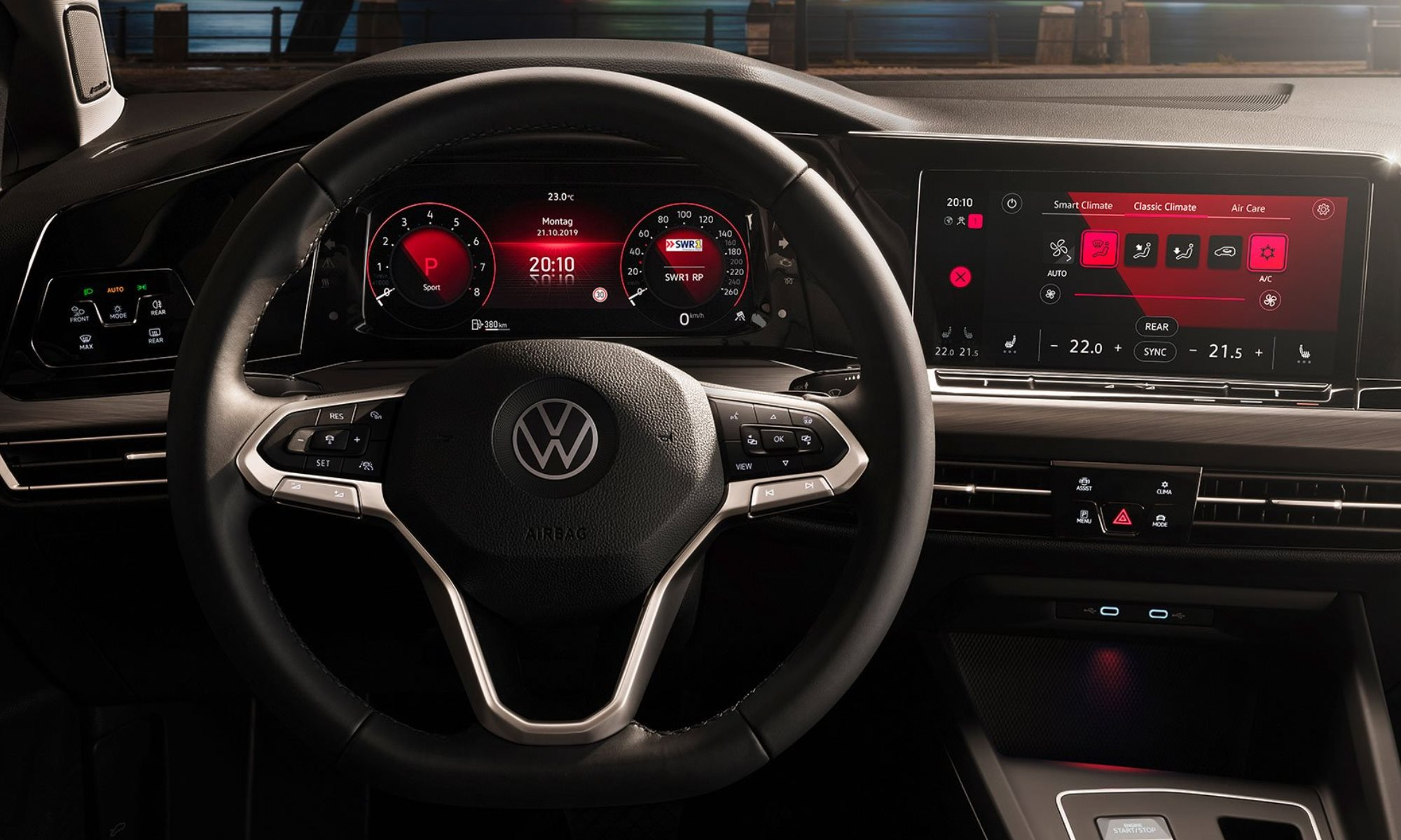 VW Golf 8 family cockpit