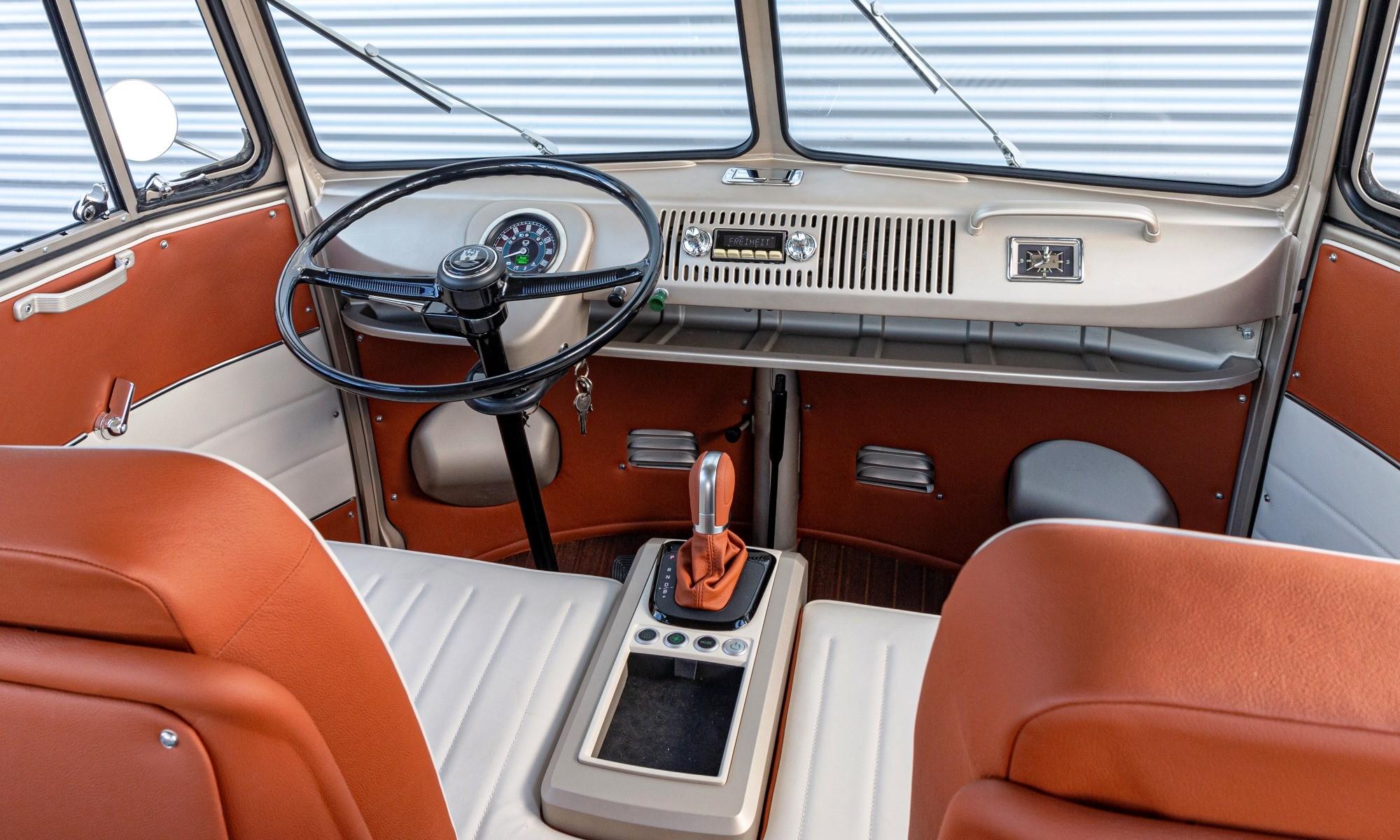 VW e-Bulli interior